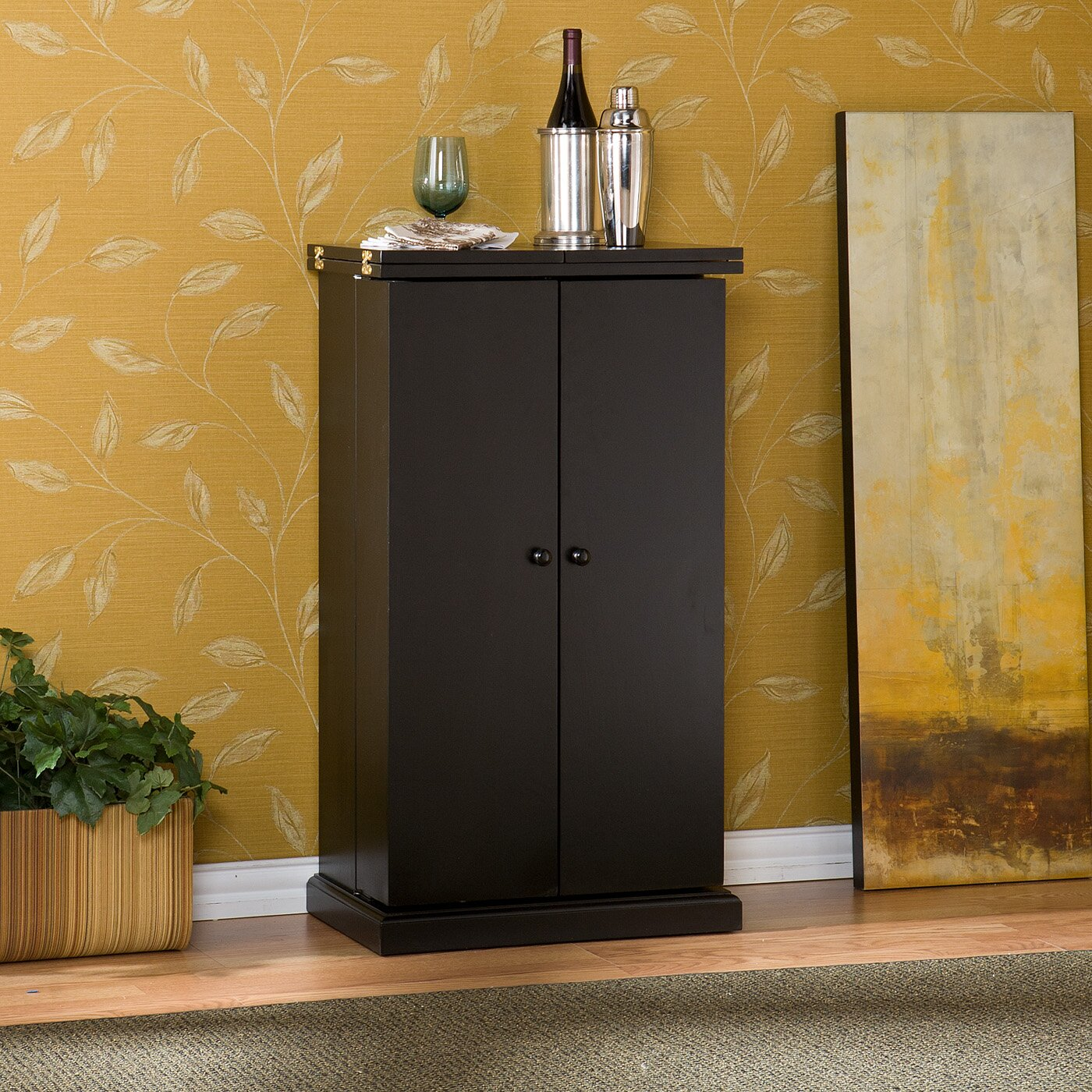 Wildon Home R Boswell Bar Cabinet With Wine Storage