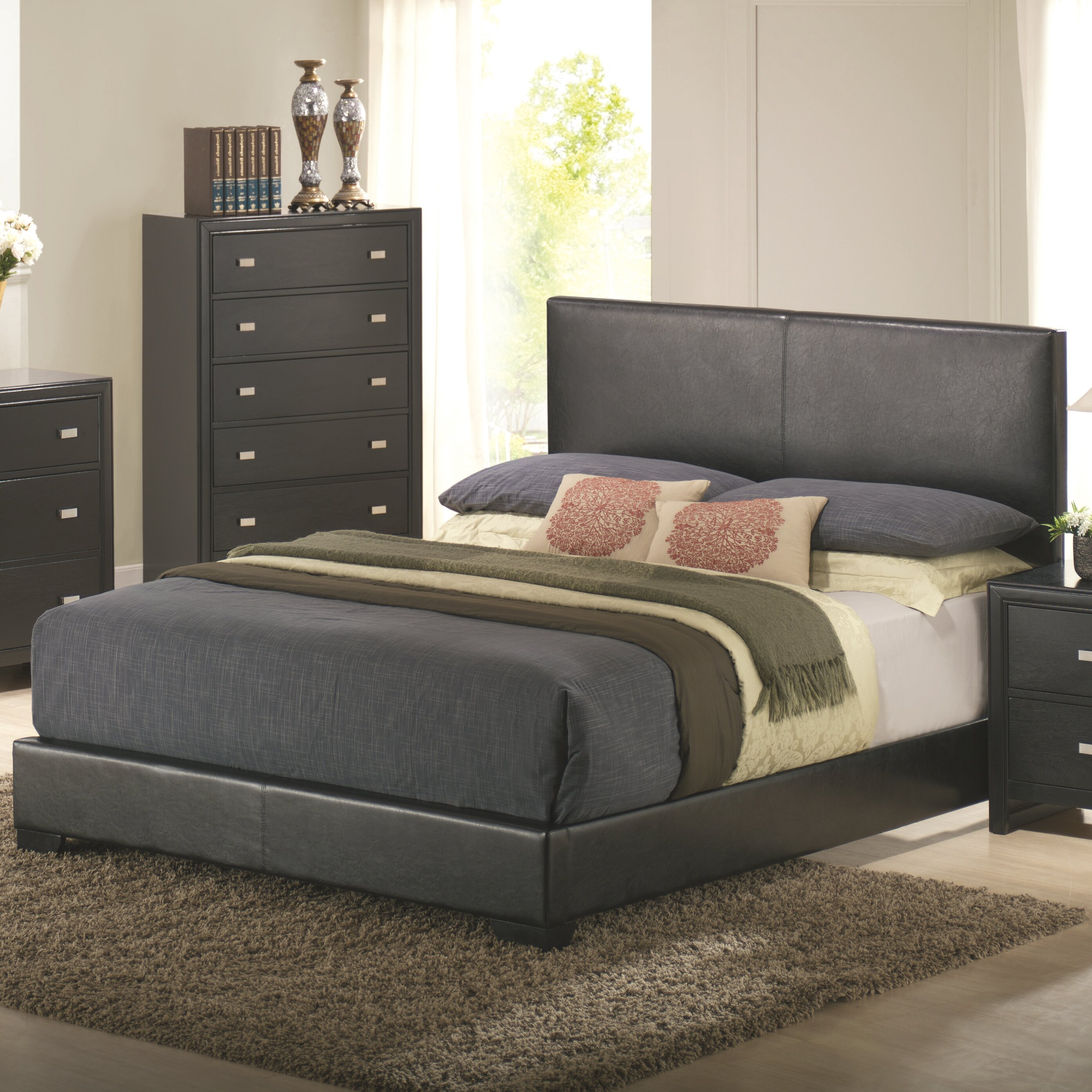 Wildon Home ® Kaspa Queen Platform Customizable Bedroom