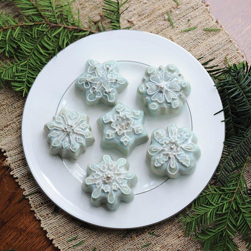 Nordic Ware Frozen Snowflake Non Stick Cake Pan Amp Reviews