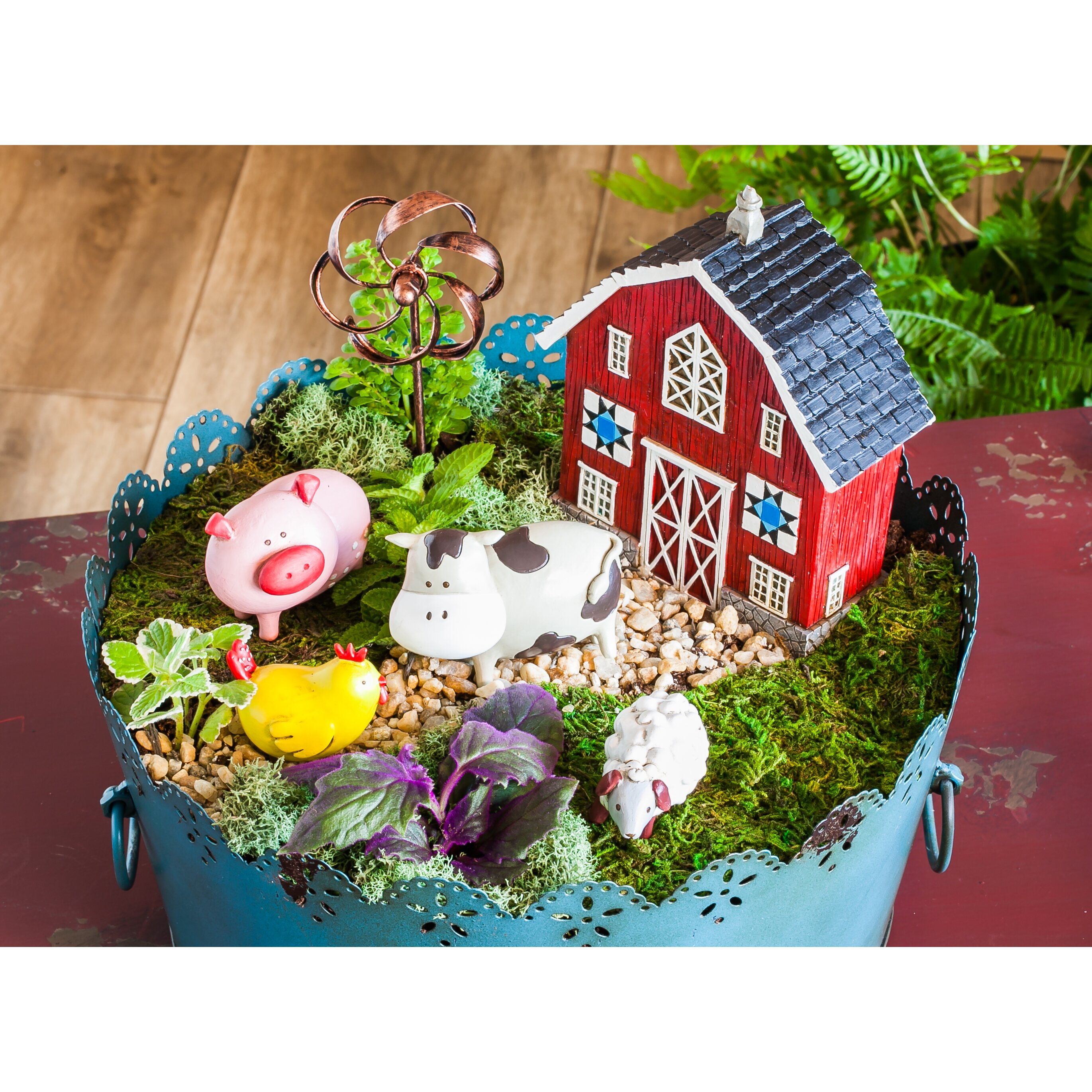 evergreen enterprises inc 2 piece farm animals mini garden set reviews wayfair. Black Bedroom Furniture Sets. Home Design Ideas