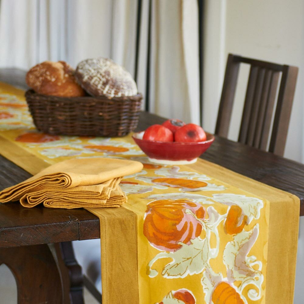 couleur nature pumpkin table runner reviews wayfair. Black Bedroom Furniture Sets. Home Design Ideas
