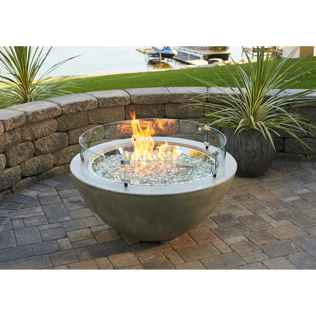 The outdoor greatroom company cove propane fire pit table for Table exterieur 120x60