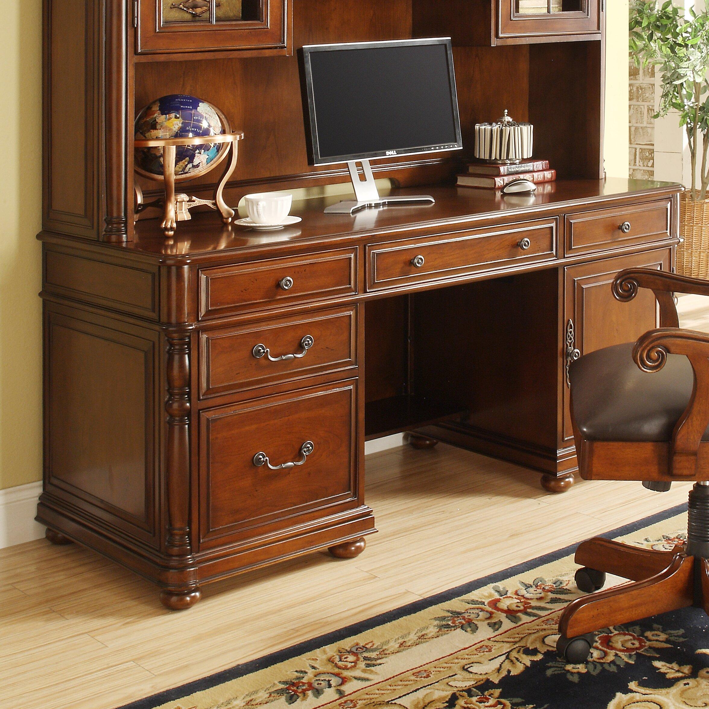 Riverside Furniture Bristol Court 5-Piece Standard Desk