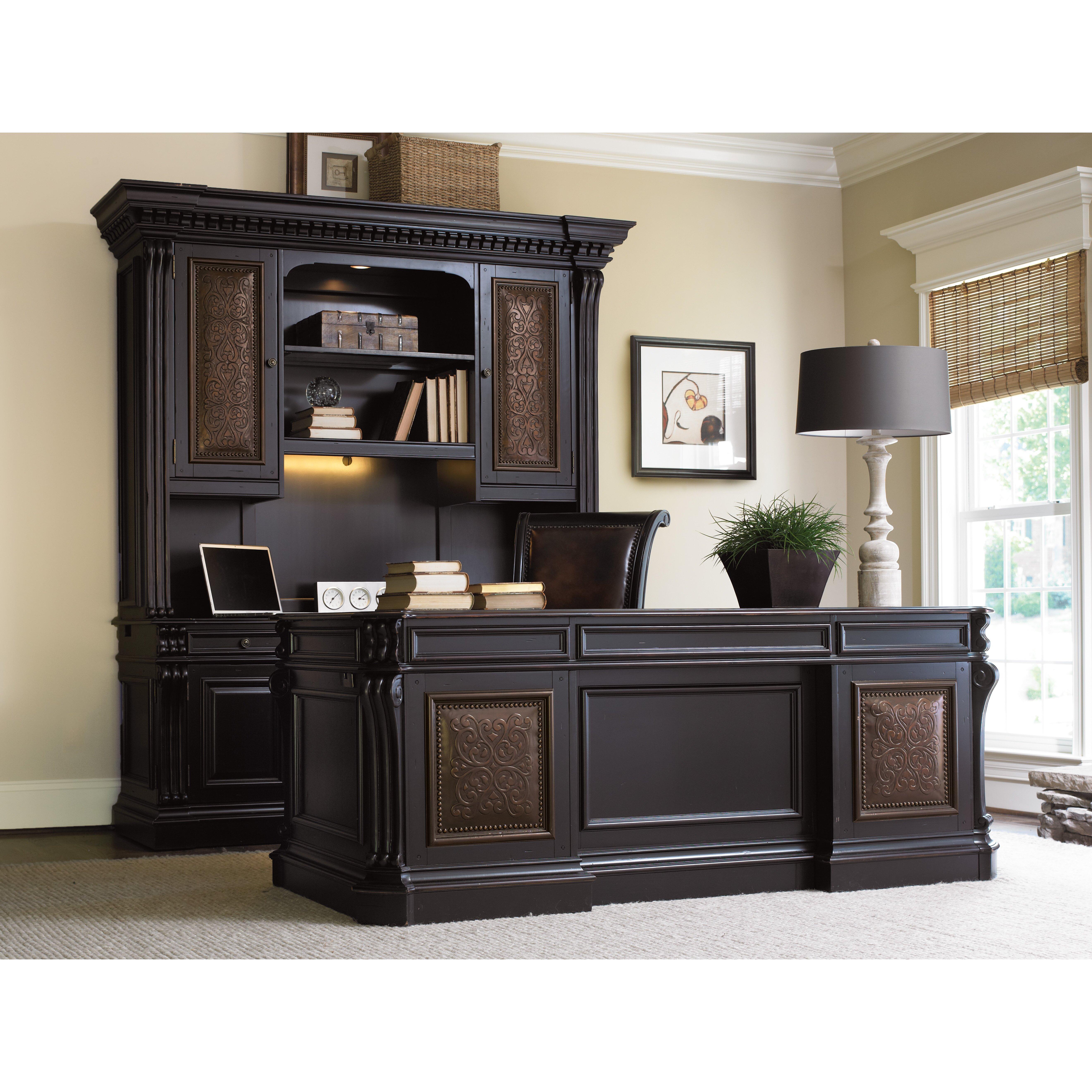 Hooker Furniture Telluride Executive Desk With Keyboard