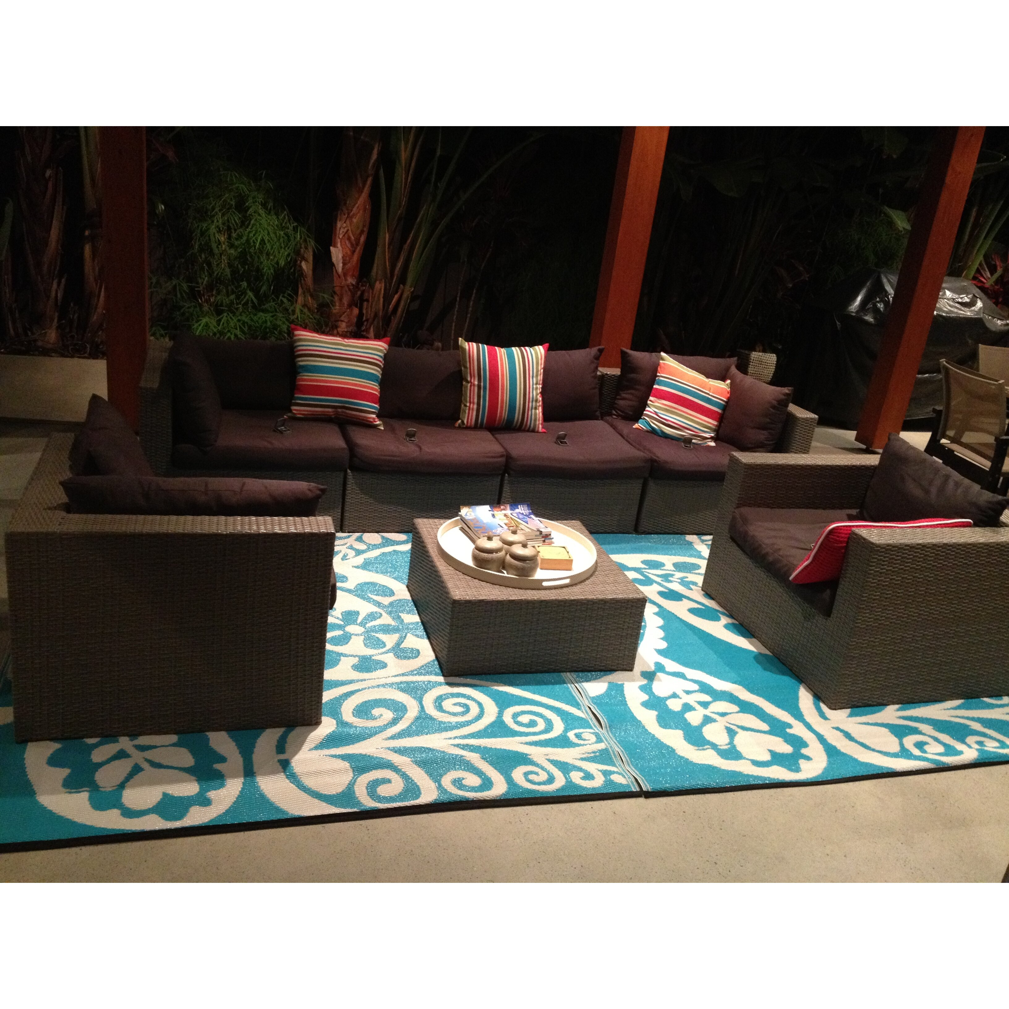 Fab Rugs Paisley River World Blue & White Indoor/Outdoor