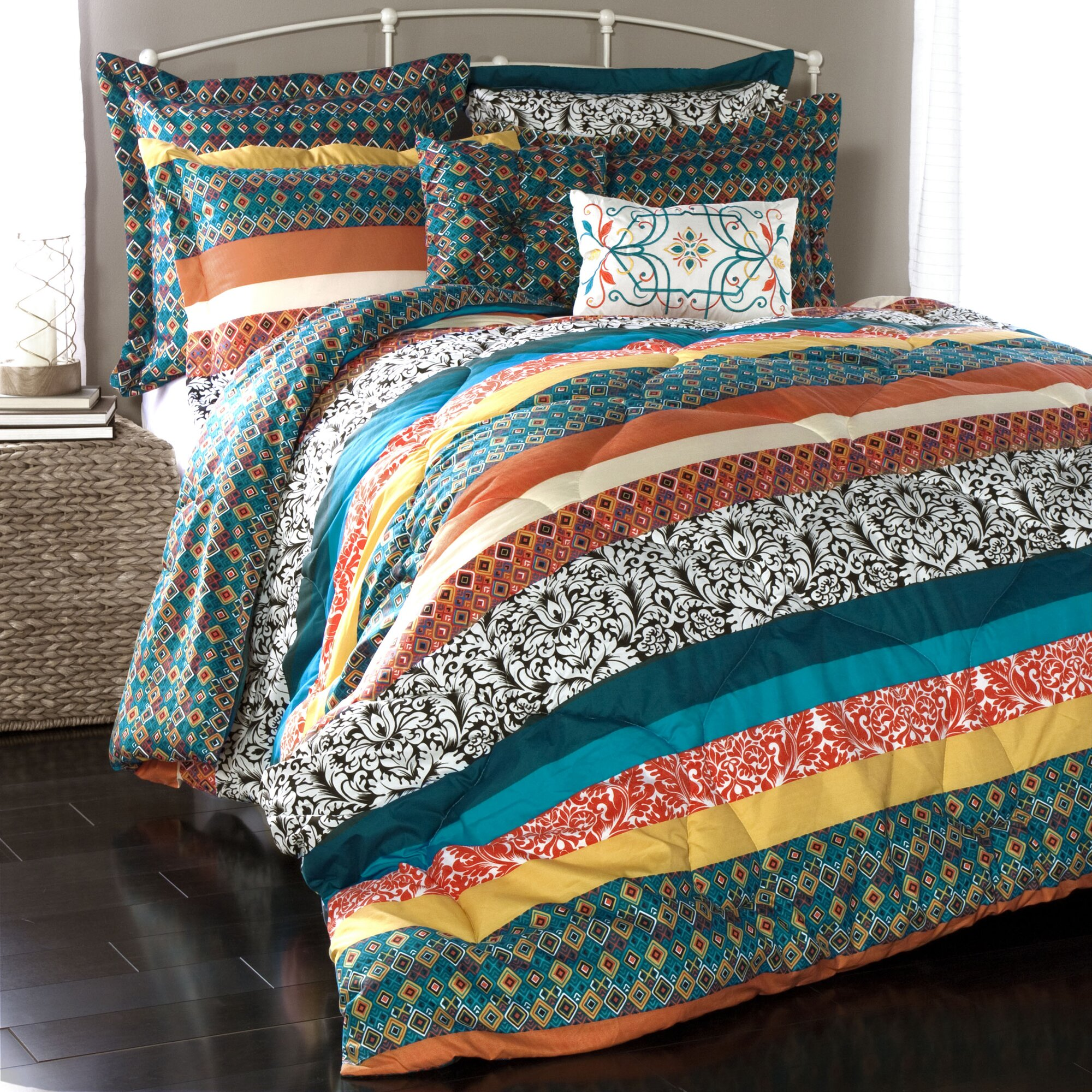 Lush decor boho stripe comforter collection reviews for Pictures of comforters