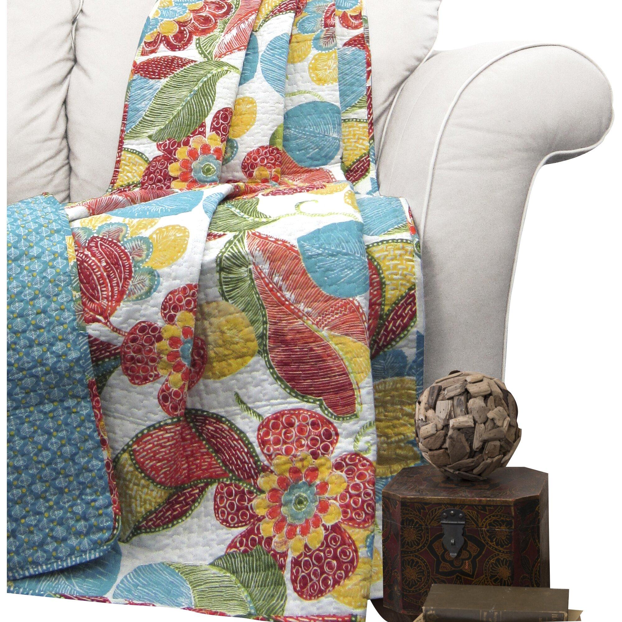 Bungalow Rose Navya Wood Storage Bedroom Bench Reviews: Bungalow Rose Micha Throw Blanket & Reviews