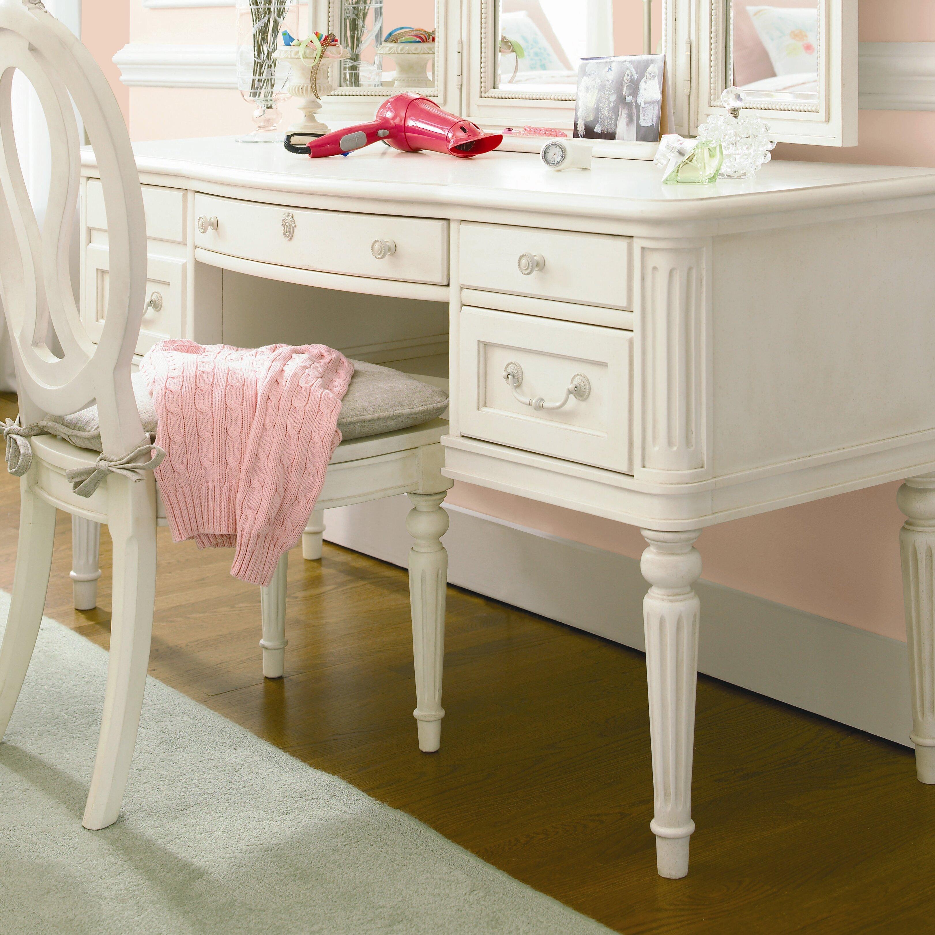 Bedroom Desk Furniture: SmartStuff Furniture Gabriella Vanity Desk With Hutch