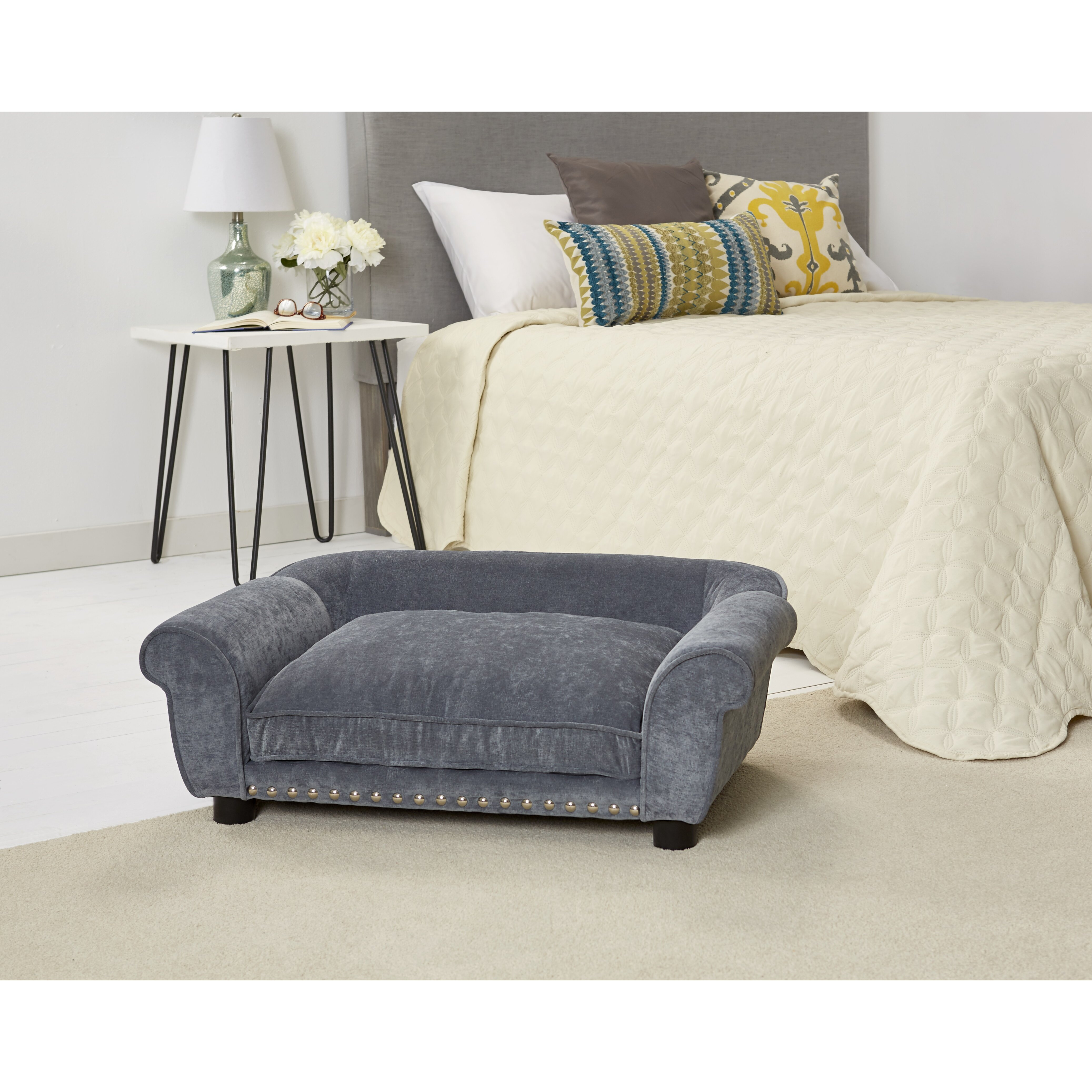 Enchanted home pet dreamcatcher velvet dog sofa with for Sofa dreams