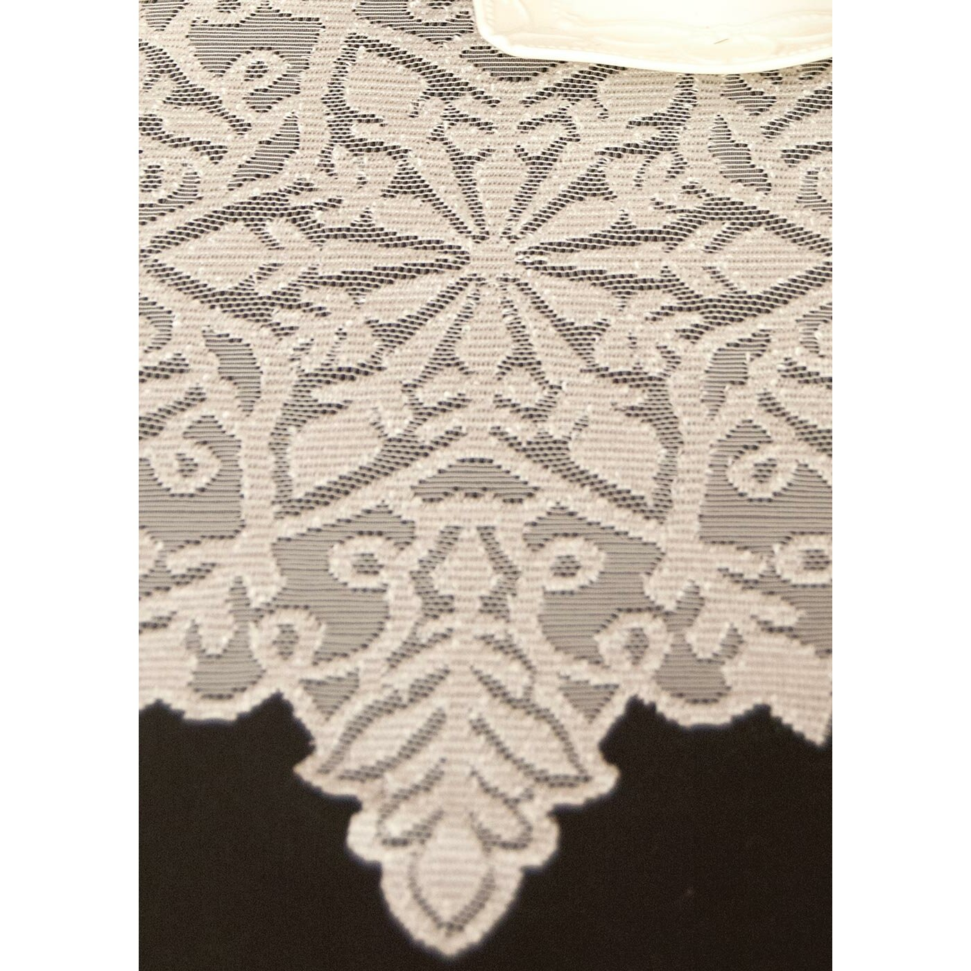 heritage lace silver snowflake table runner reviews. Black Bedroom Furniture Sets. Home Design Ideas