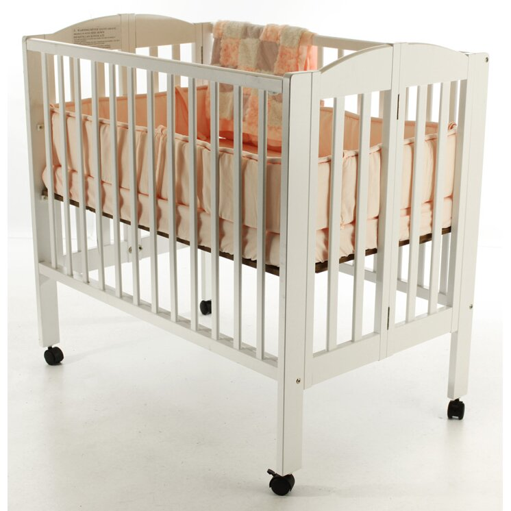Dream On Me 3 In 1 Portable Convertible Folding Crib