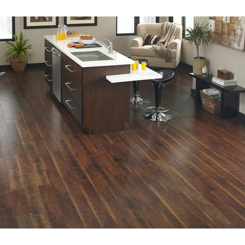 Islander Flooring 5 1 6 Solid Bamboo Hardwood Flooring In