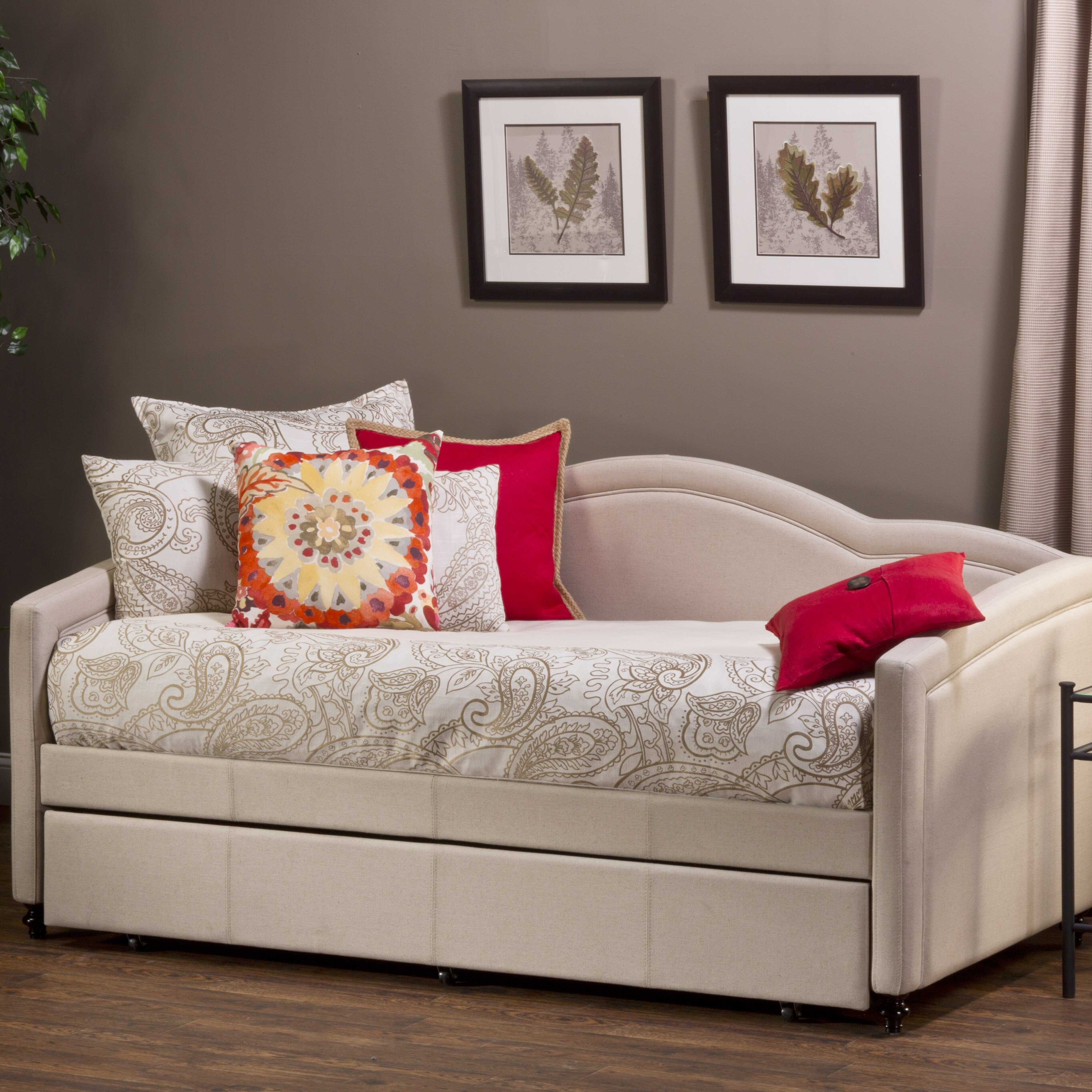 Hillsdale jasmine daybed with trundle reviews wayfair for Daybed with trundle