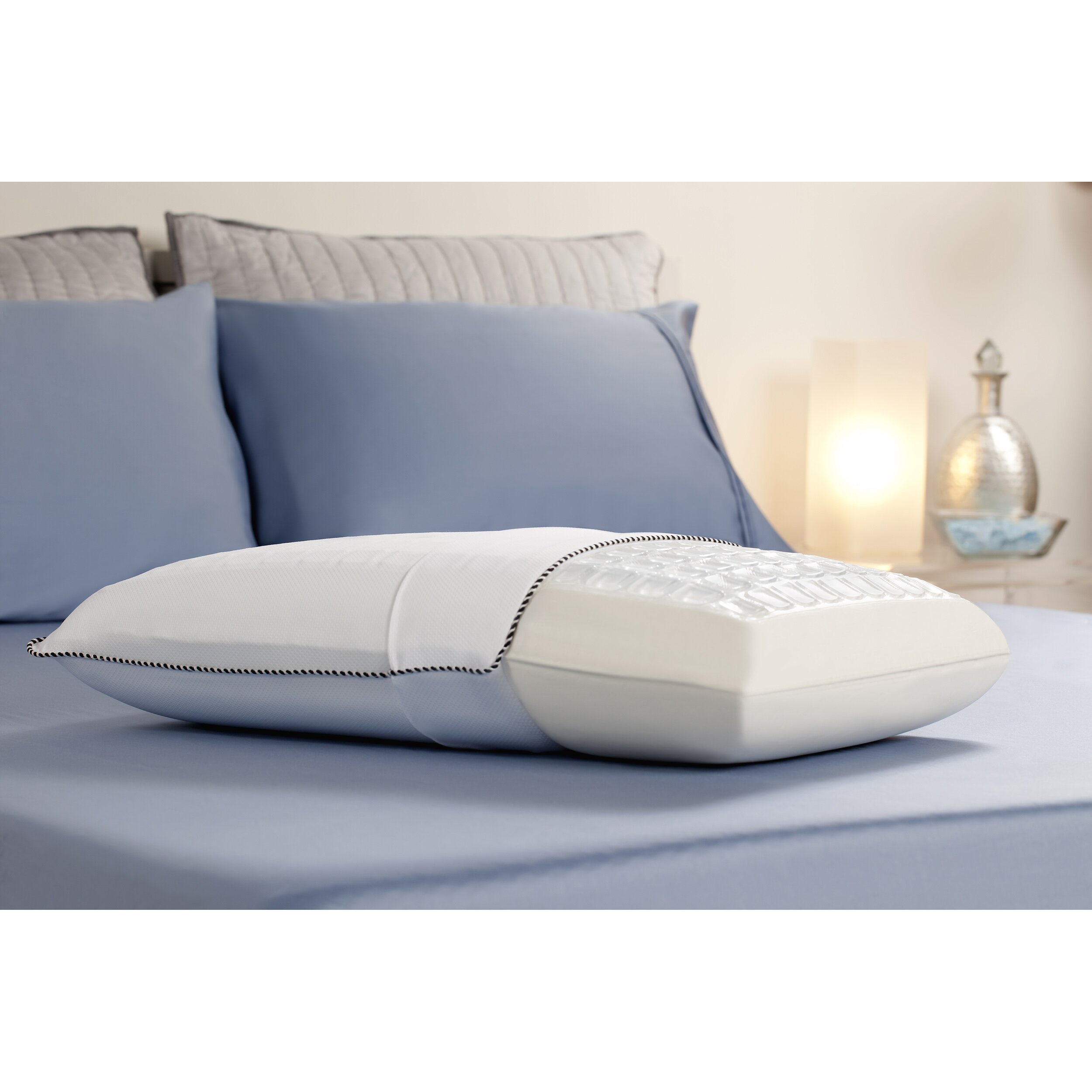 Comfort revolution cooling cube bed pillow reviews wayfair for Comfort revolution mattress reviews