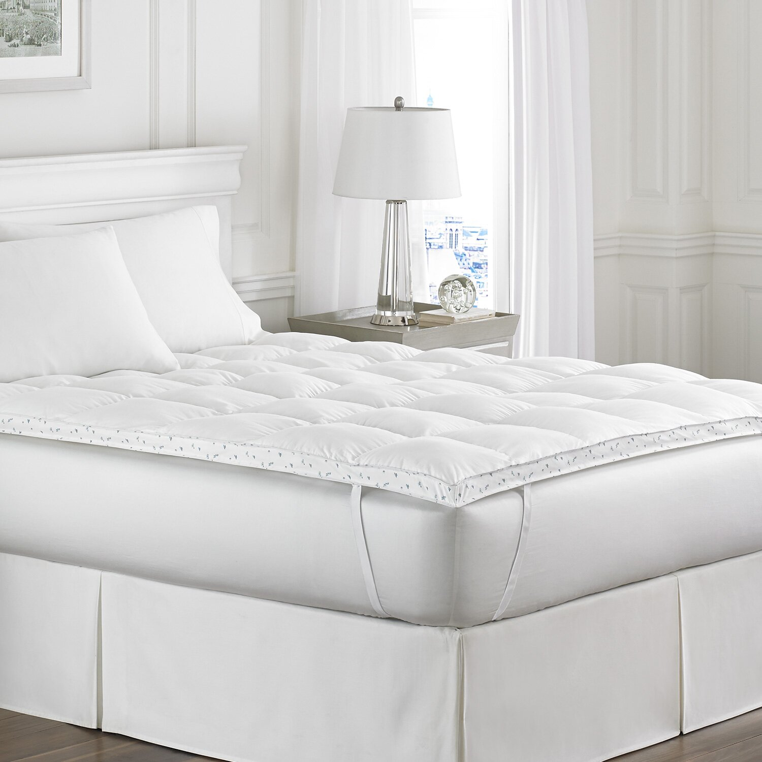 Laura Ashley Fiber Bed Queen