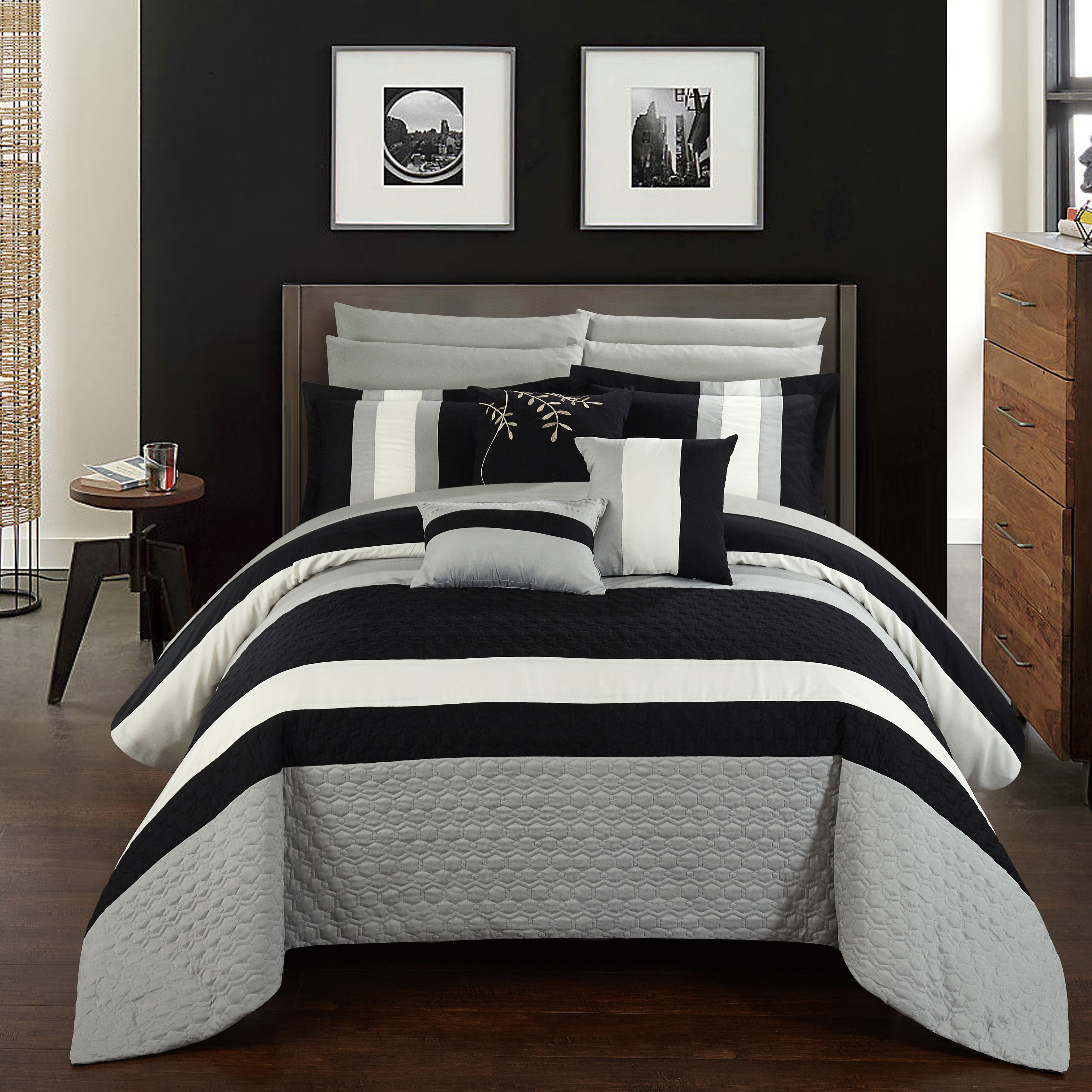bed bath bedding queen bedding sets chic home sku chde2649