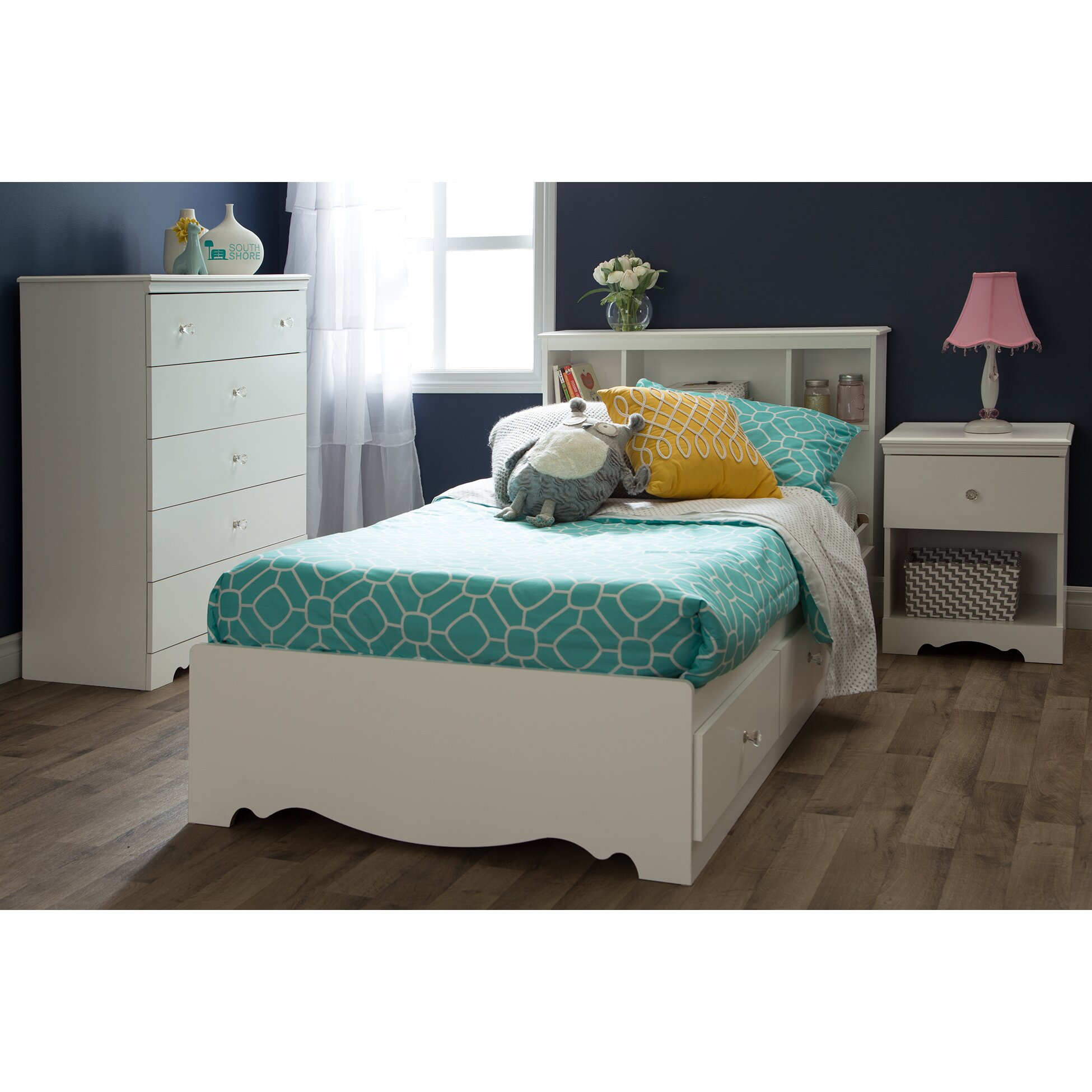 South Shore Crystal Platform Customizable Bedroom Set
