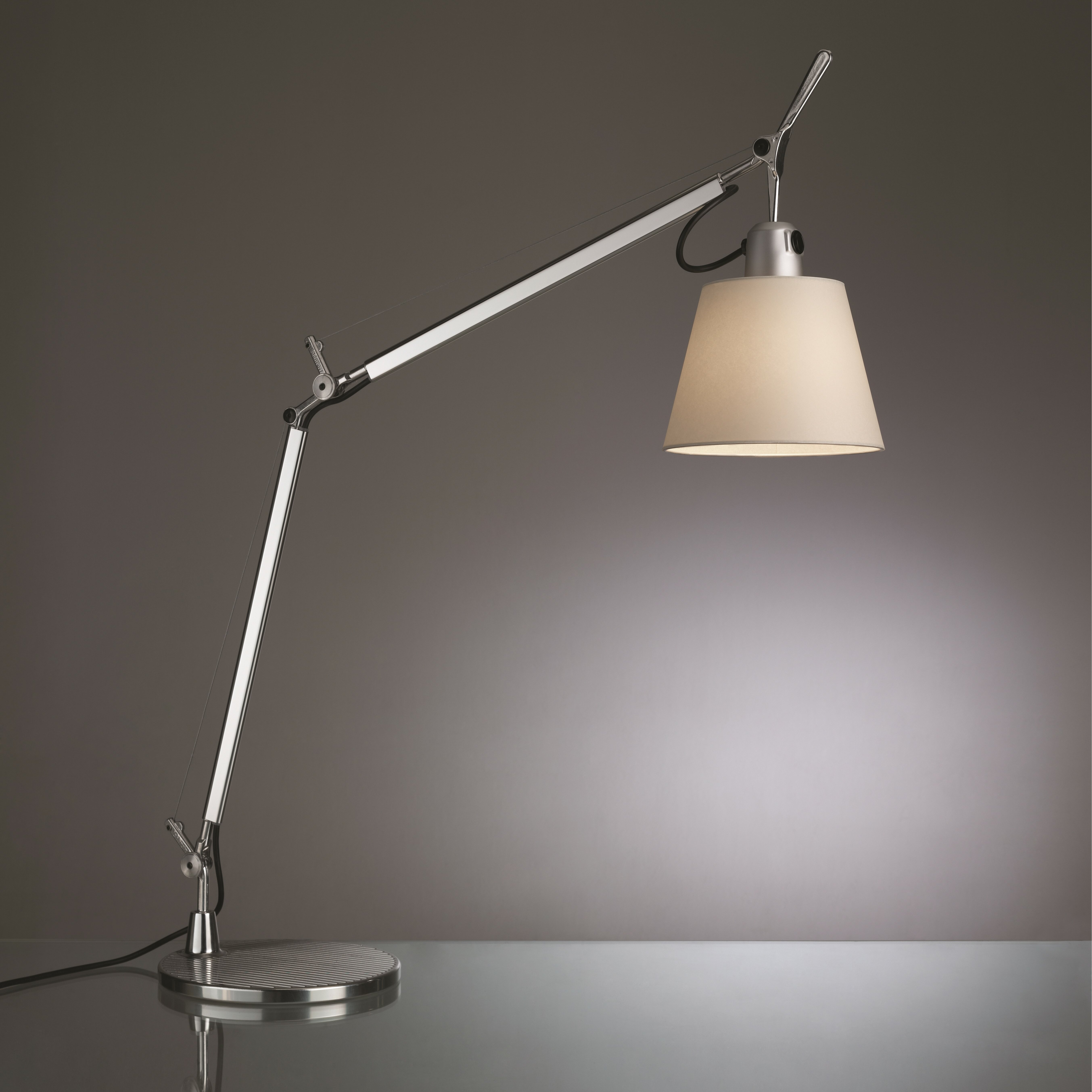 artemide tolomeo classic table lamp reviews. Black Bedroom Furniture Sets. Home Design Ideas
