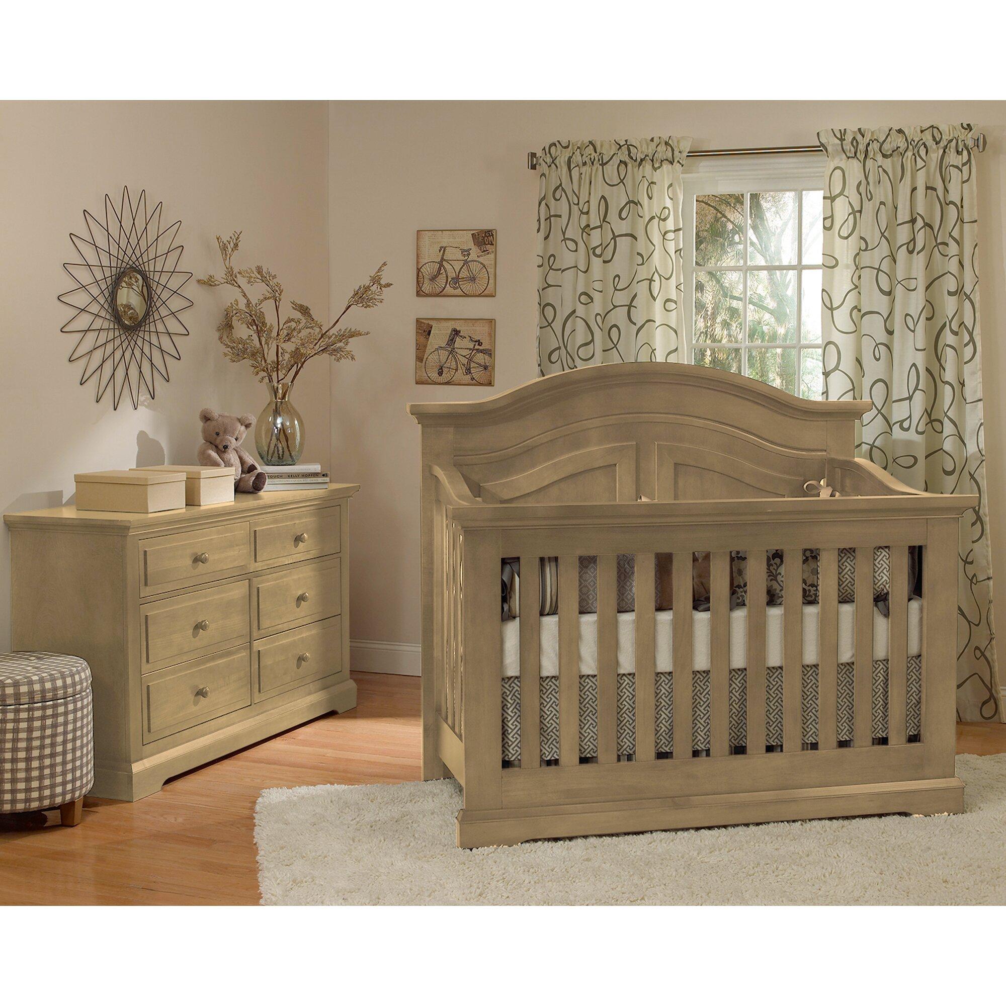 Munir 233 Furniture Chatham Curved Top Convertible Crib