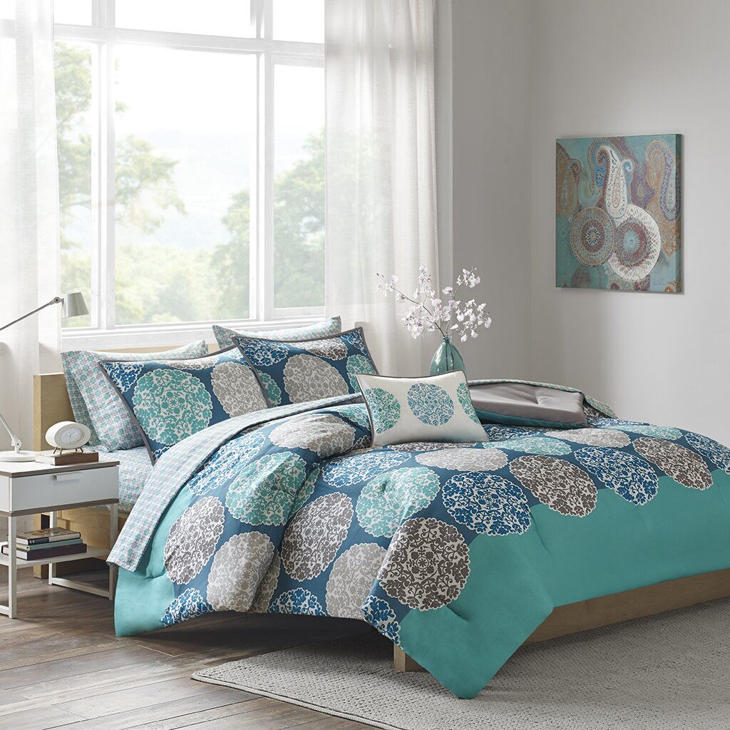 Intelligent design marissa complete bed and sheet - Complete bedroom sets with mattress ...