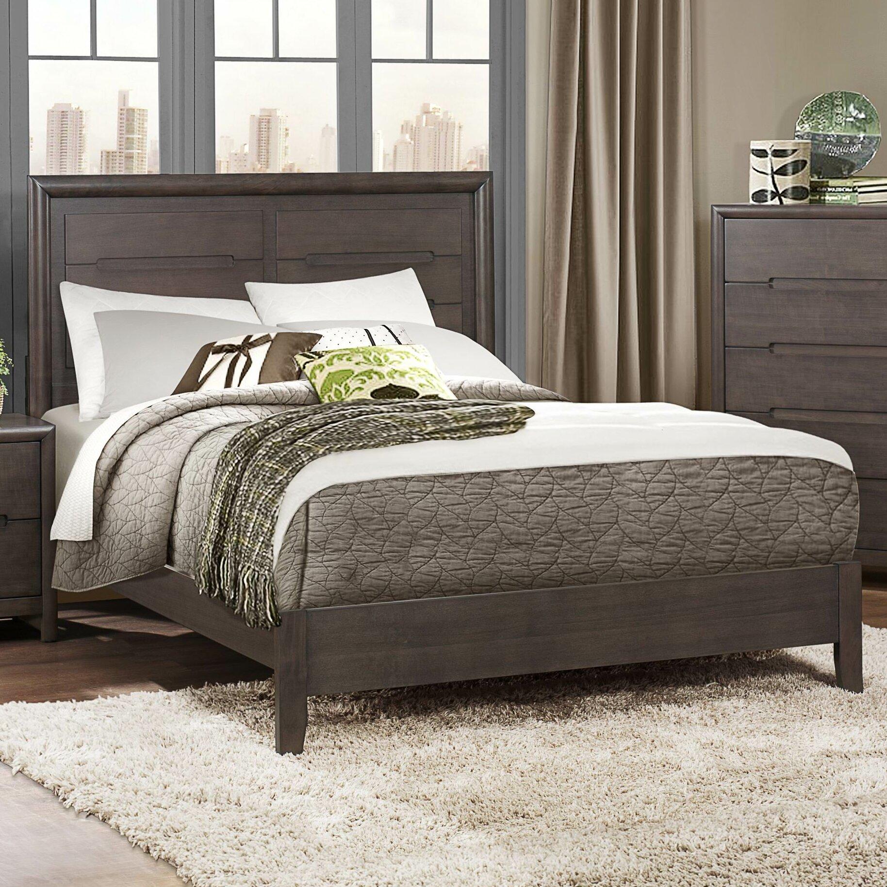 Woodhaven Hill Lavinia Queen Panel Customizable Bedroom