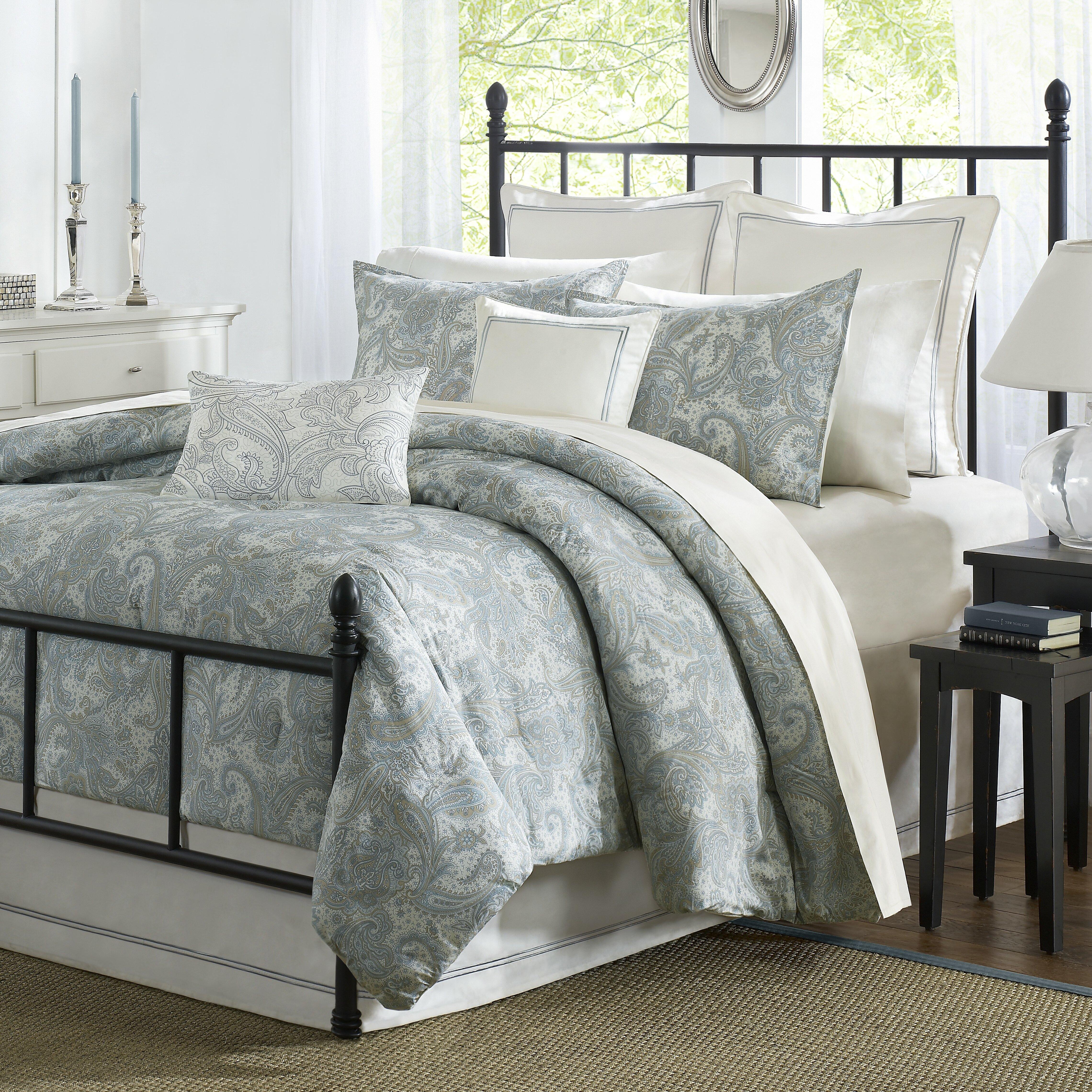 Harbor House Chelsea 4 Piece Reversible Comforter Set