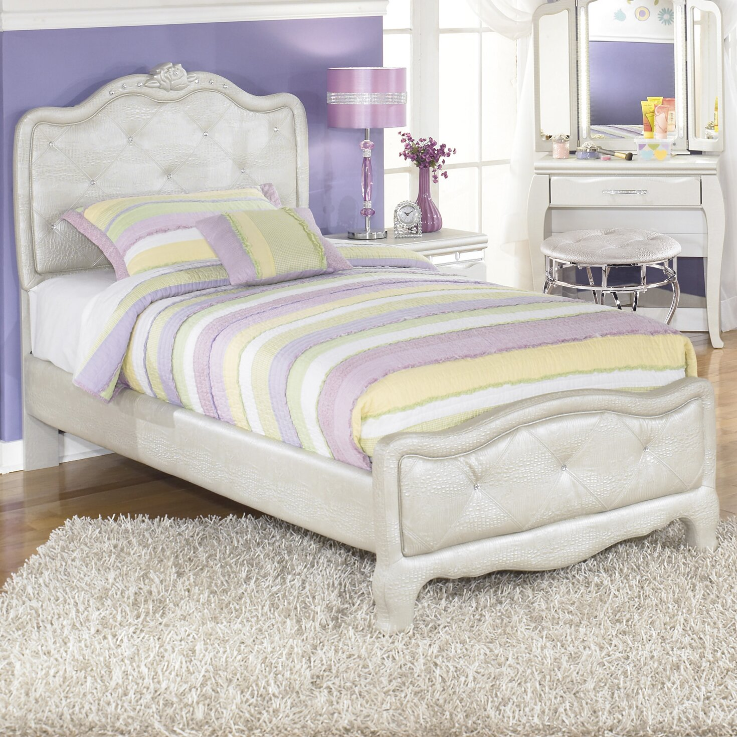 Signature design by ashley zarollina panel bed reviews for Youth furniture