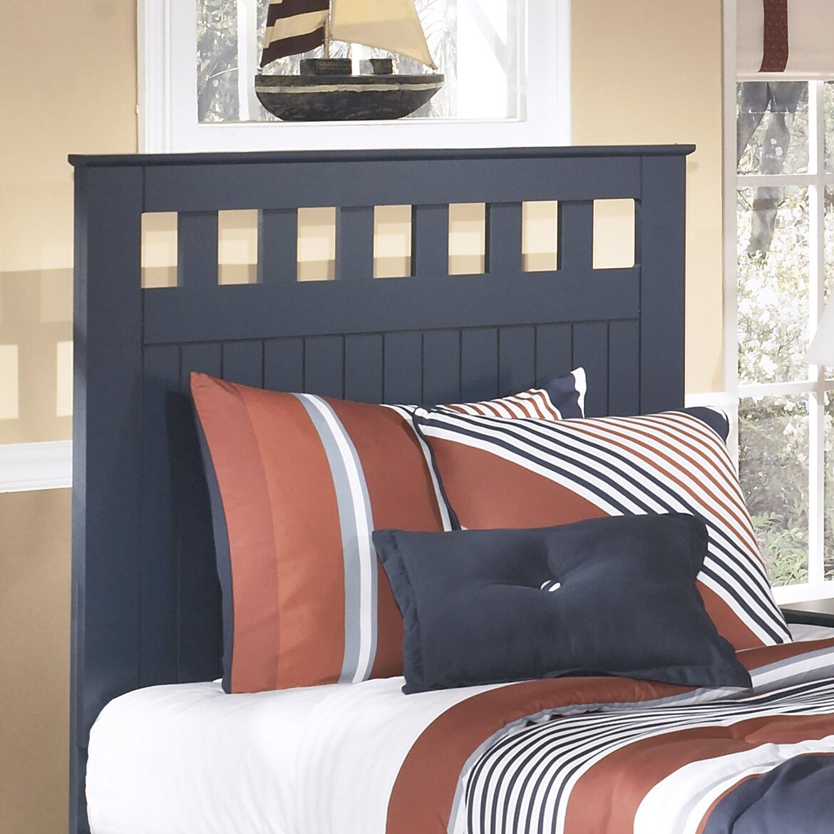 Signature Design By Ashley Leo Panel Customizable Bedroom