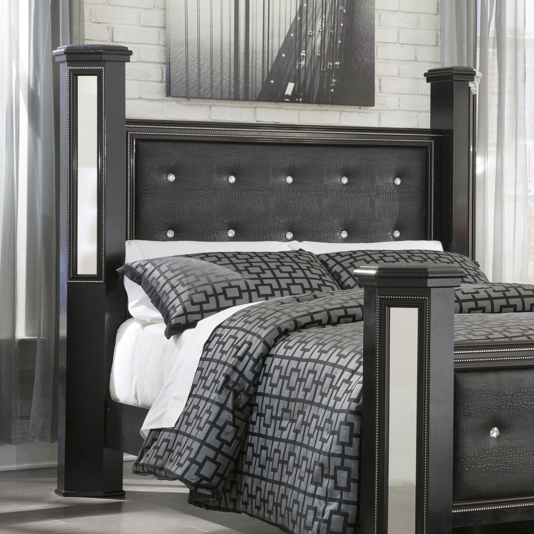 Alamadyre Queen Upholstered Poster Bed