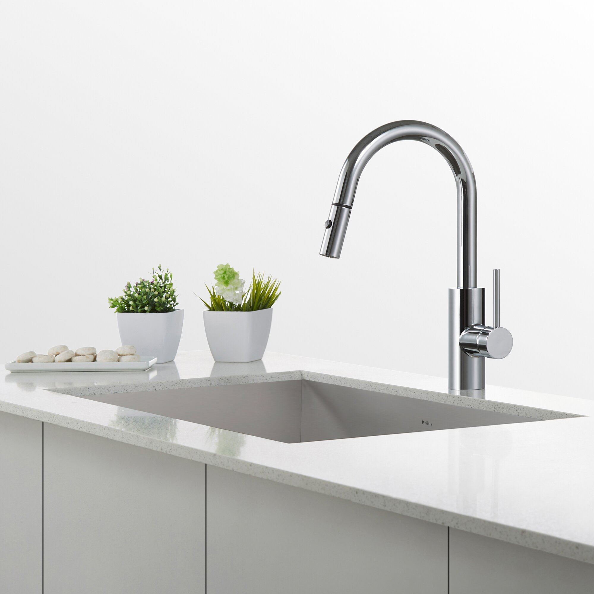 Kraus Mateo Single Lever Kitchen Faucet