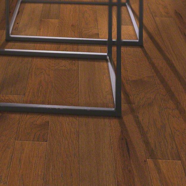 Shaw floors globe 5 engineered hickory hardwood flooring for Shaw wood flooring