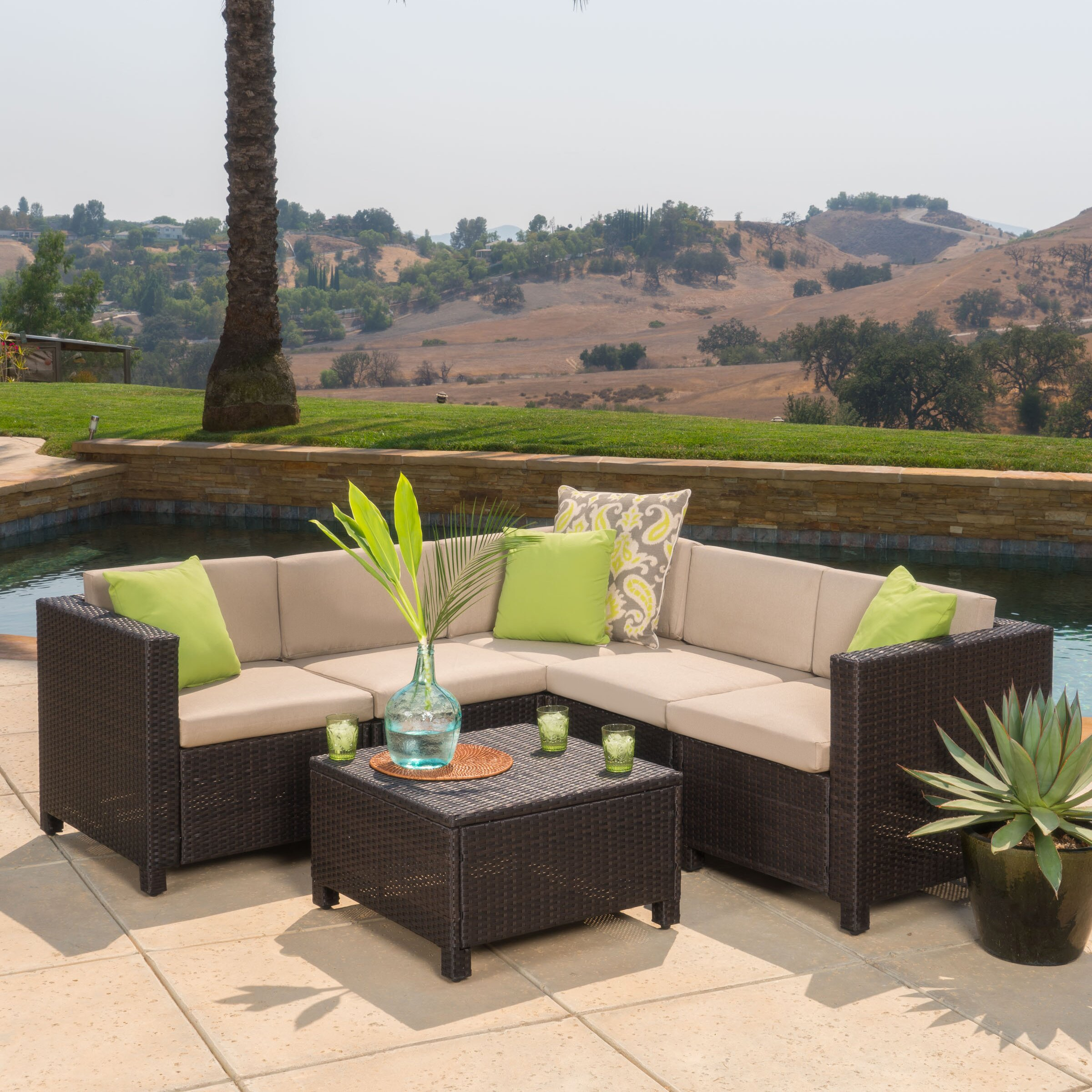 Home Loft Concepts Chia 6 Piece Sectional With Cushion