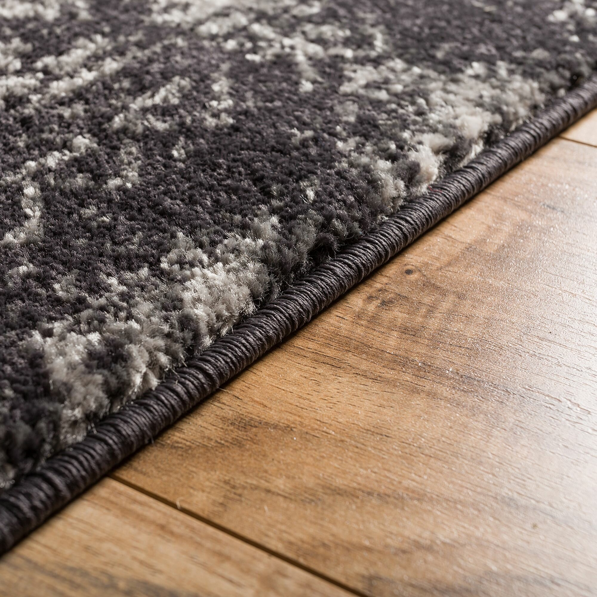 Well Woven Sydney Manchester Modern Distressed Gray Area