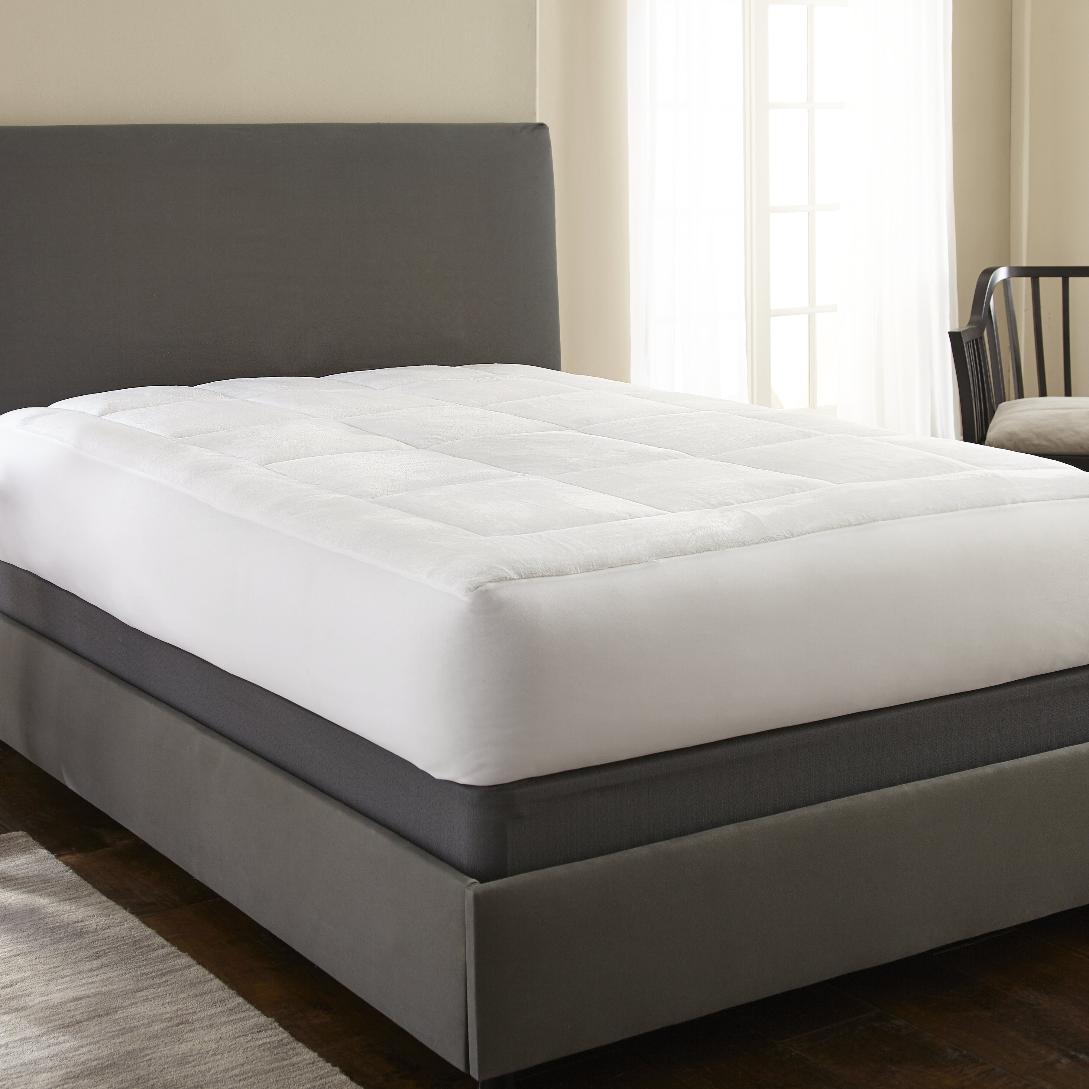 Ienjoy Home Simply Soft Pillow Top Luxury Mattress Pad