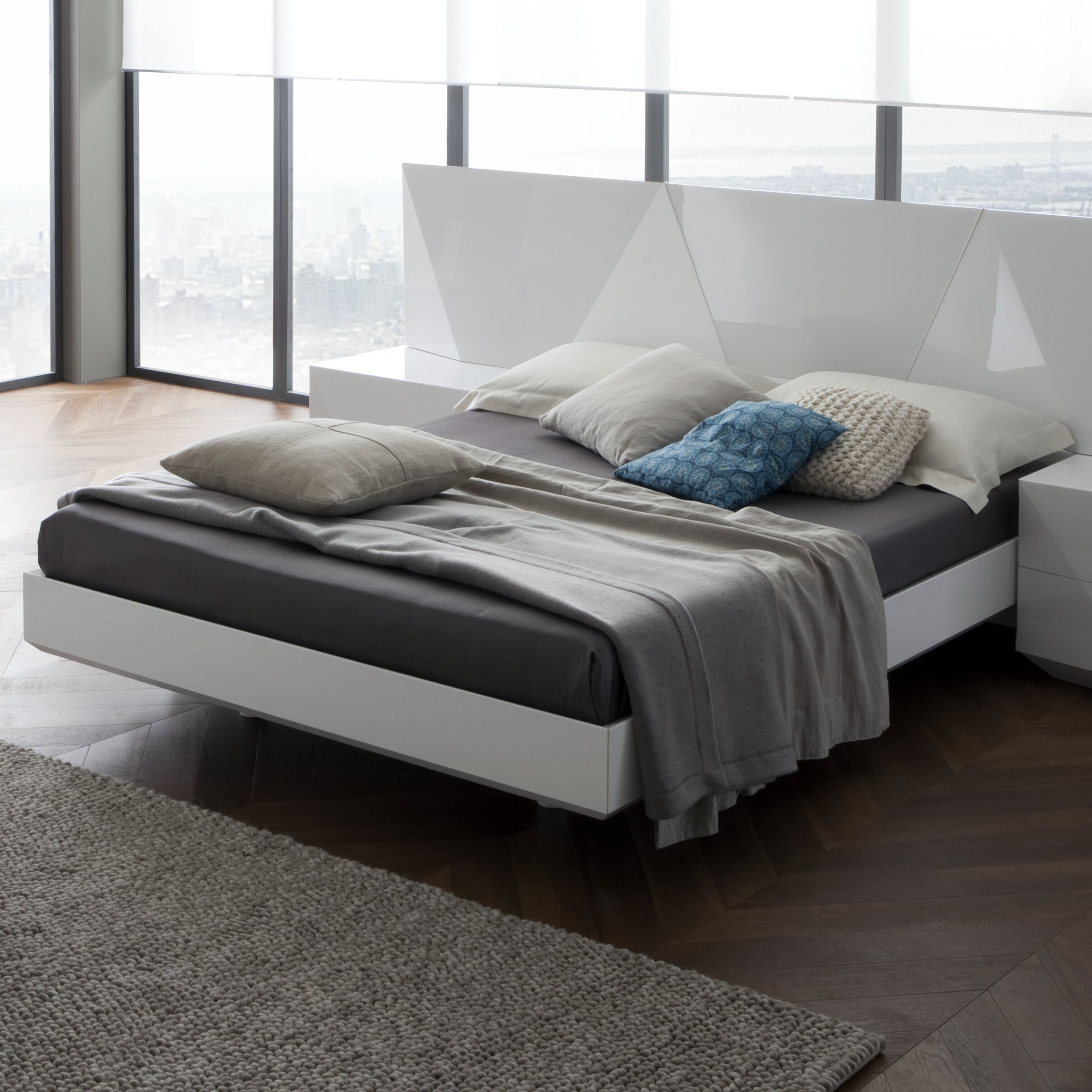 Rossetto USA Sapphire Platform Customizable Bedroom Set