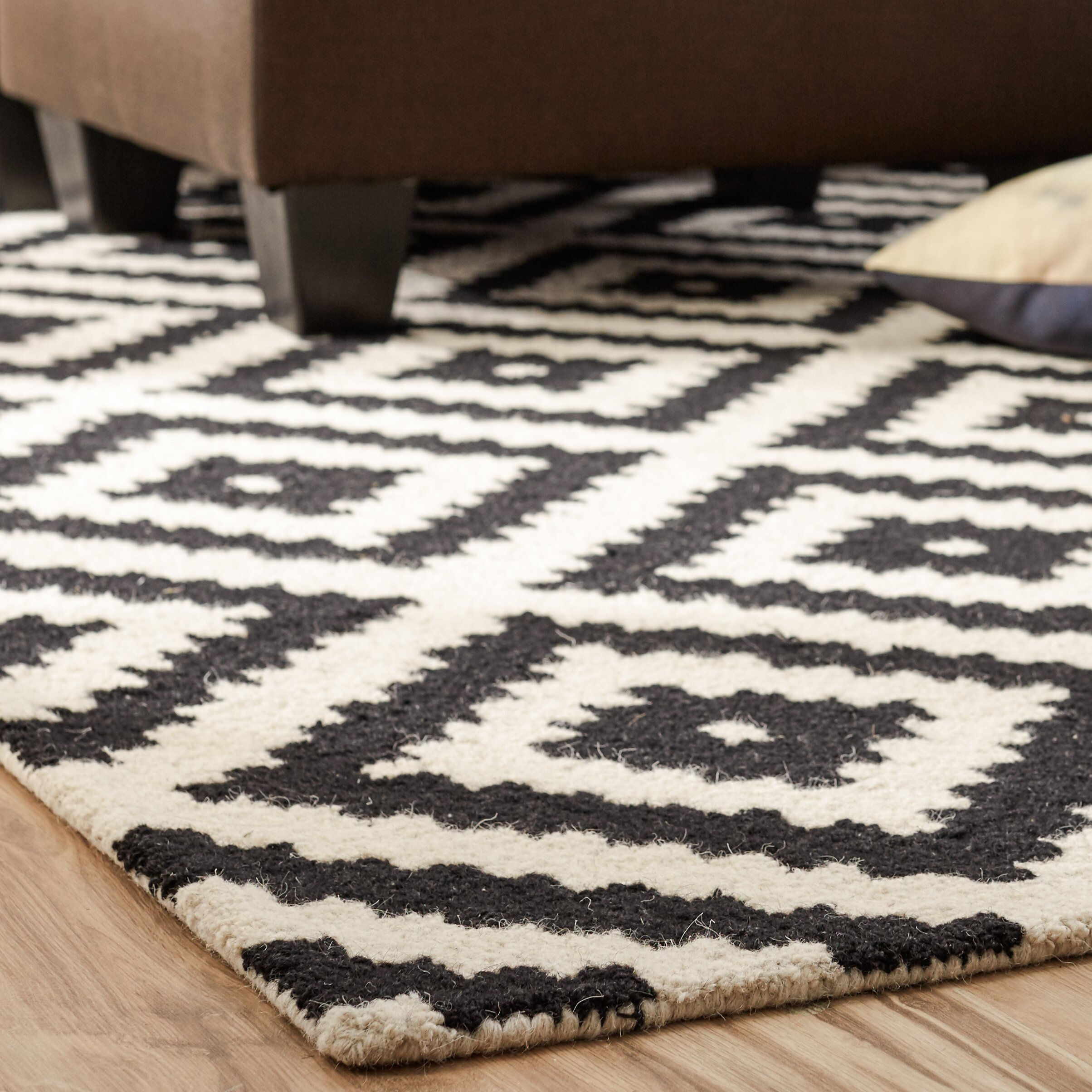 Mercury Row Obadiah Hand Tufted Black Cream Area Rug