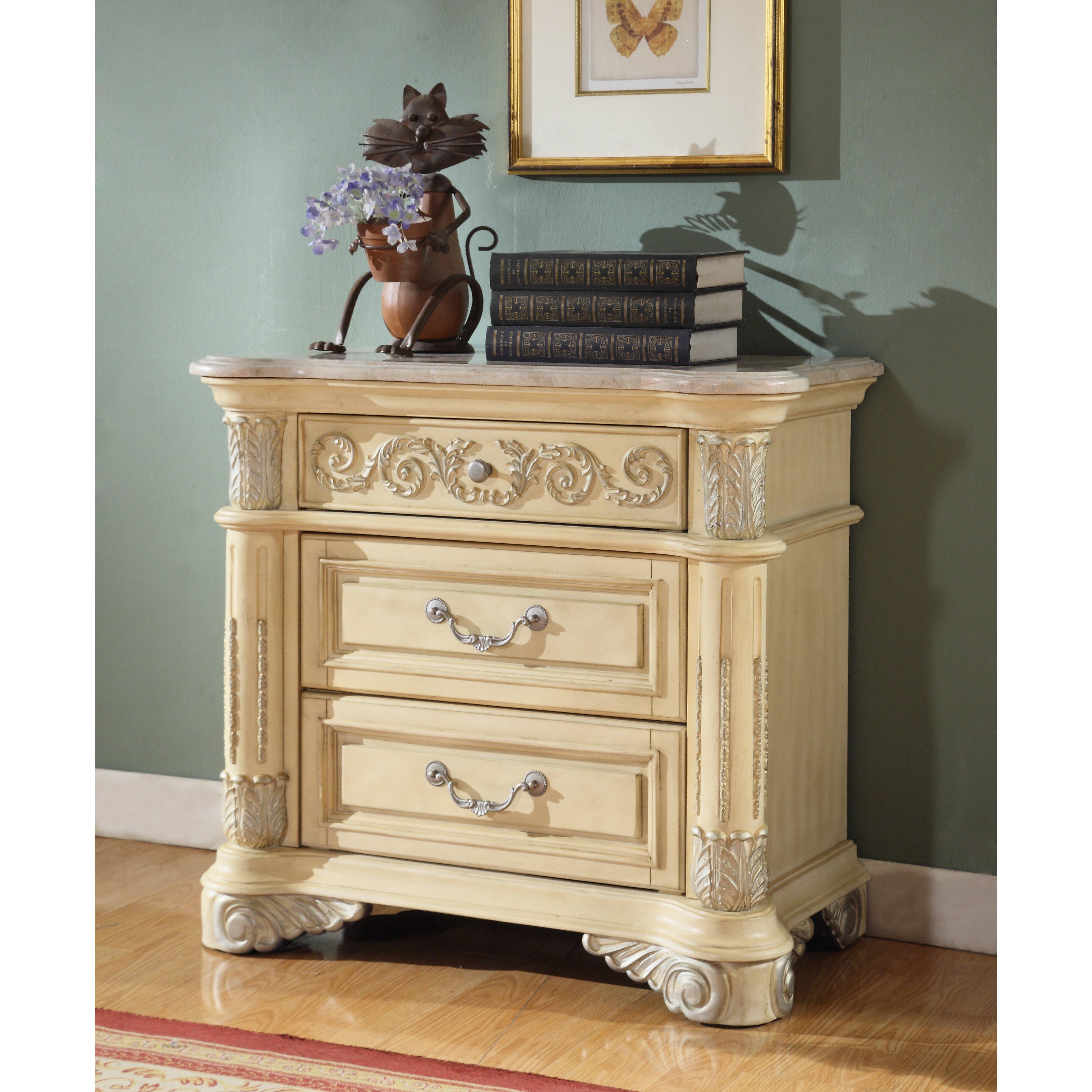 Meridian Furniture Usa Sienna 2 Drawer Nightstand