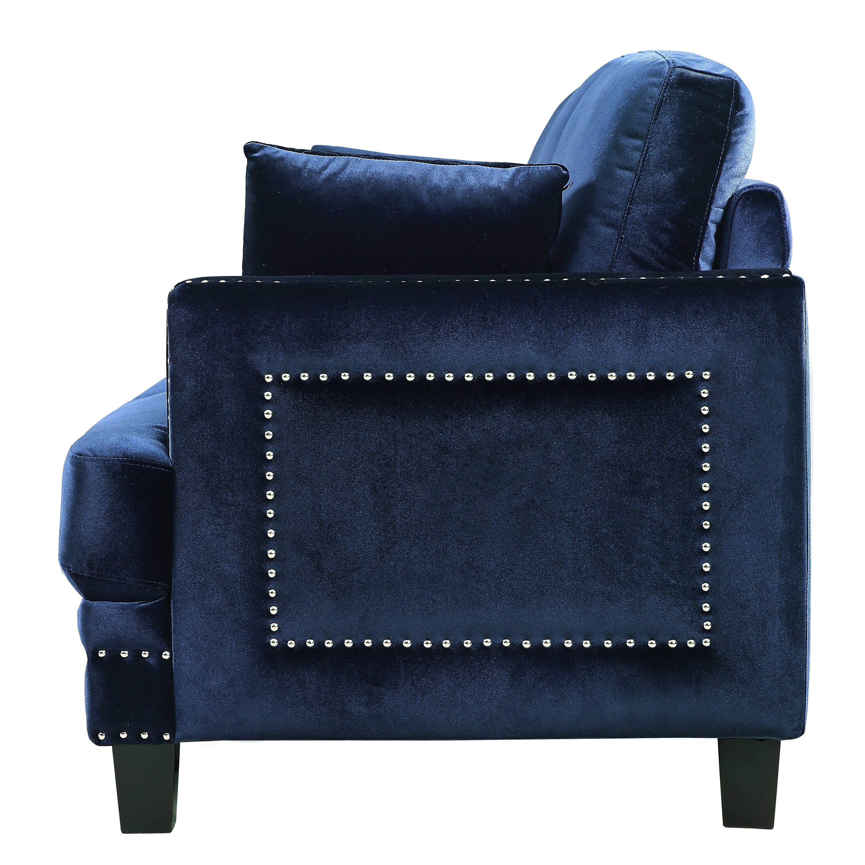 Meridian Furniture USA Ferrara Nailhead Sofa Reviews