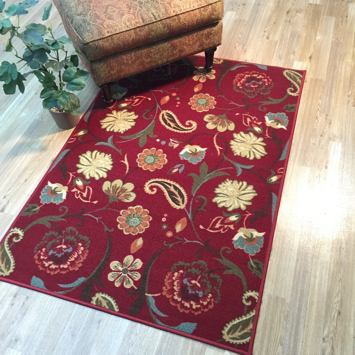 Rugnur hammam maxy home floral burgundy red area rug for Red floral area rug