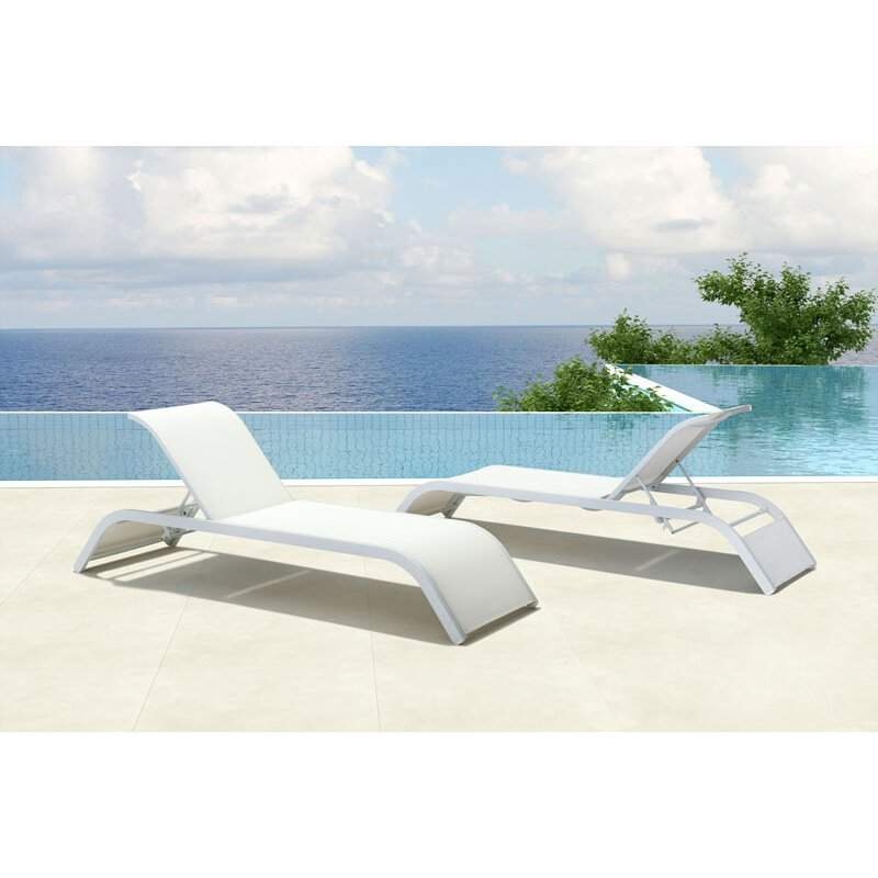 Wade logan floyd chaise lounge for Beach chaise lounger