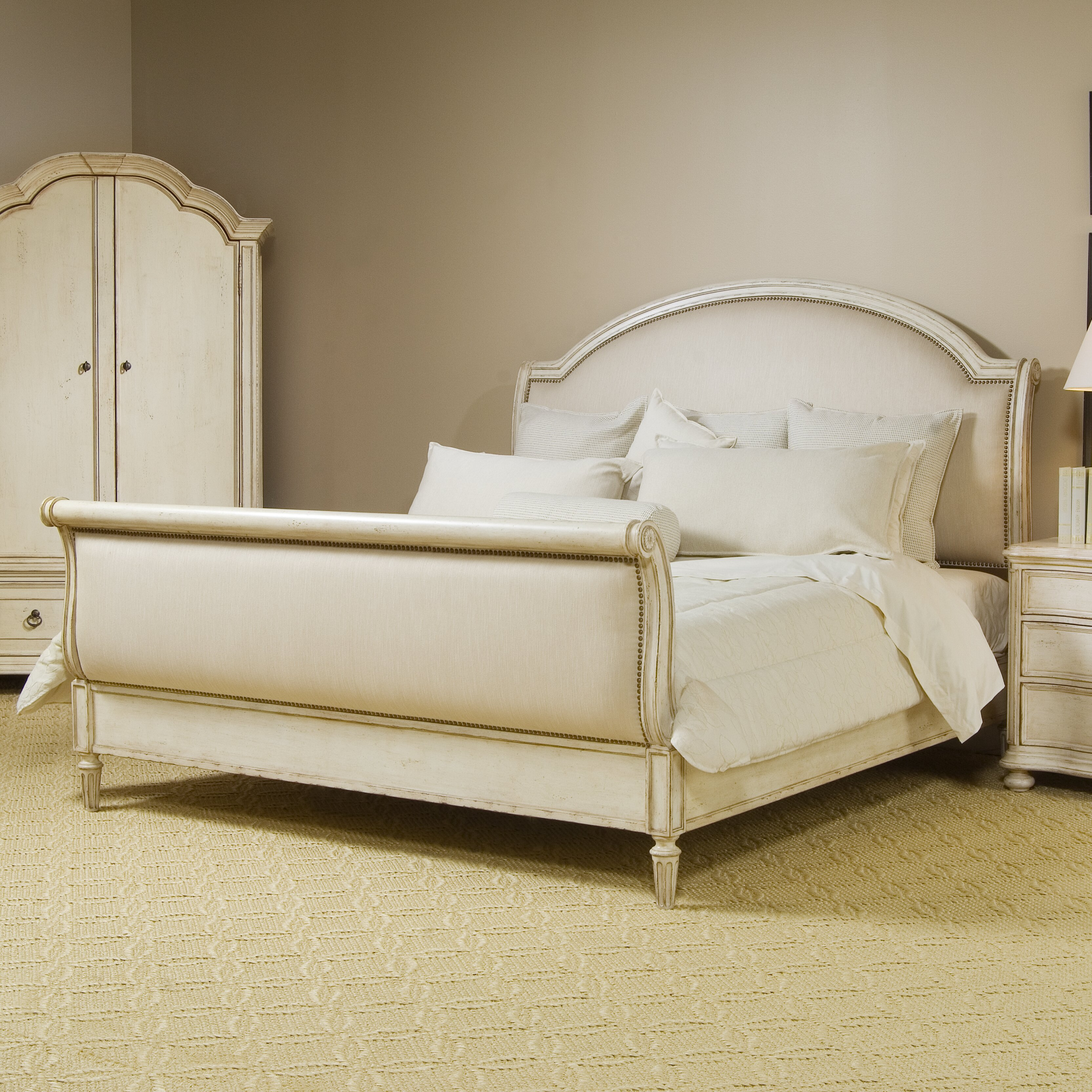 One Allium Way Mariana Upholstered Sleigh Customizable Bedroom Set Reviews