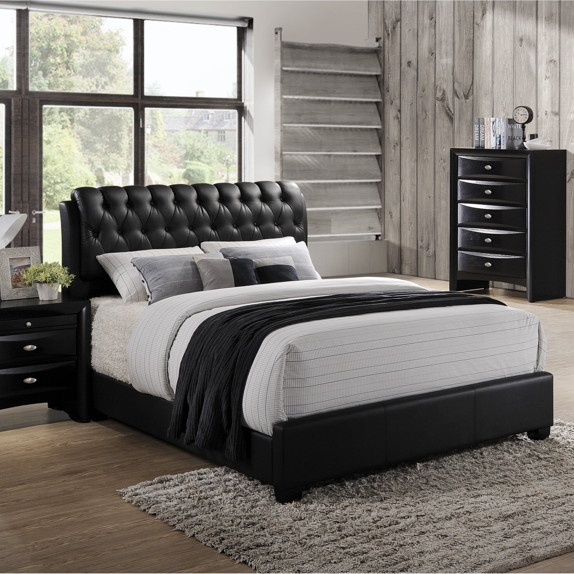 Roundhill Furniture Blemerey Upholstered Platform Bed