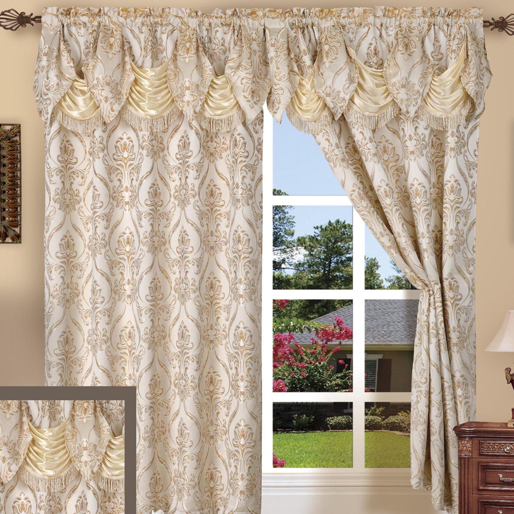 Elegant Comfort Penelopie Curtain Window Treatment Set