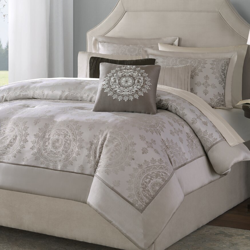 Madison Park Tiburon 6 Piece Reversible Duvet Cover Set