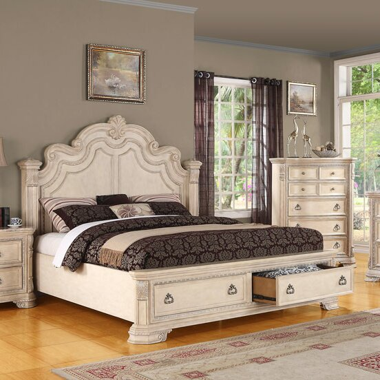 Grand bedroom furniture