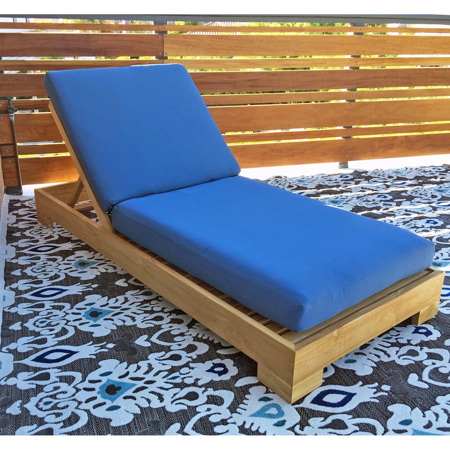 Willow creek designs outdoor sunbrella chaise lounge for Chaise cushions sunbrella
