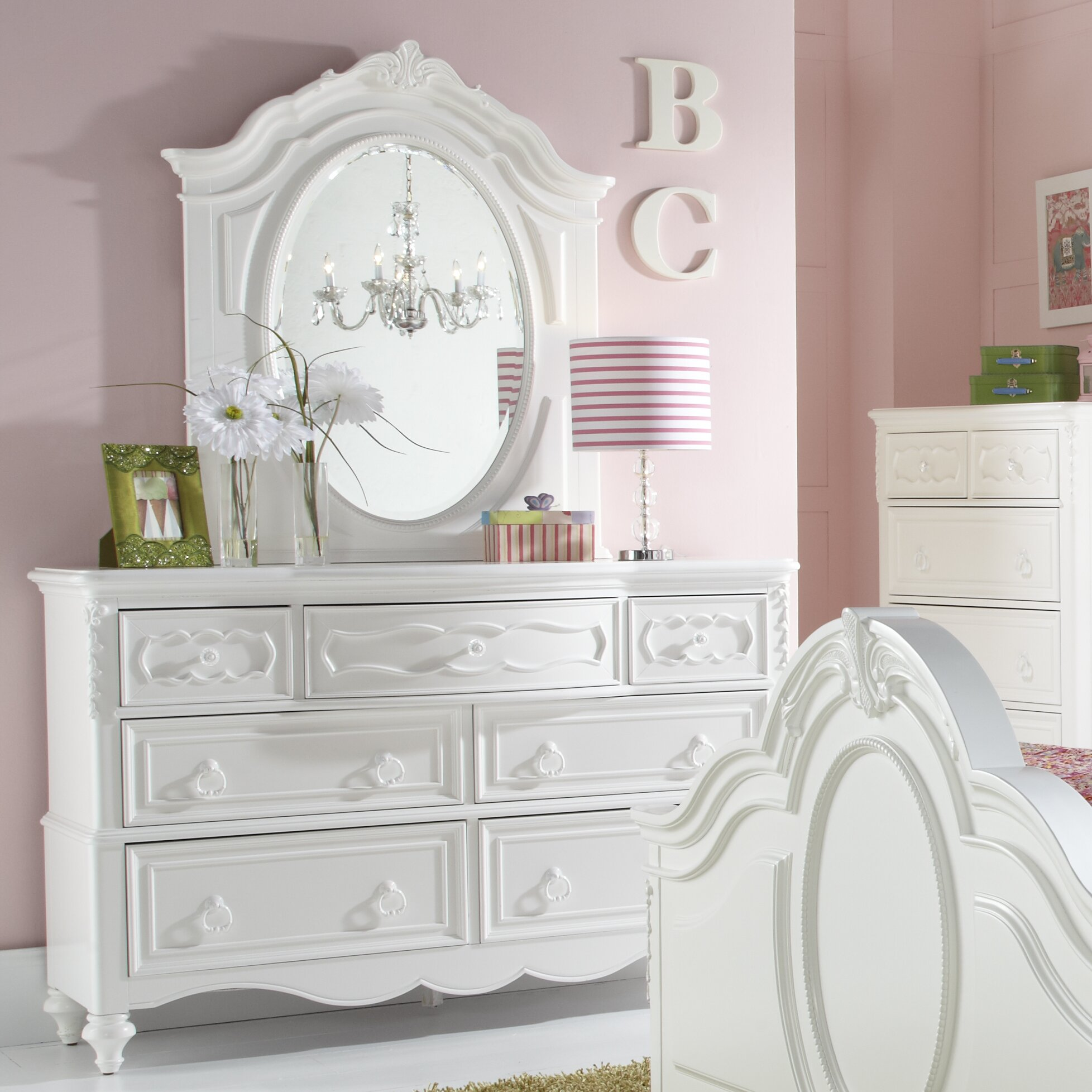Samuel lawrence sweet heart 7 drawer double dresser - White heart bedroom furniture ...