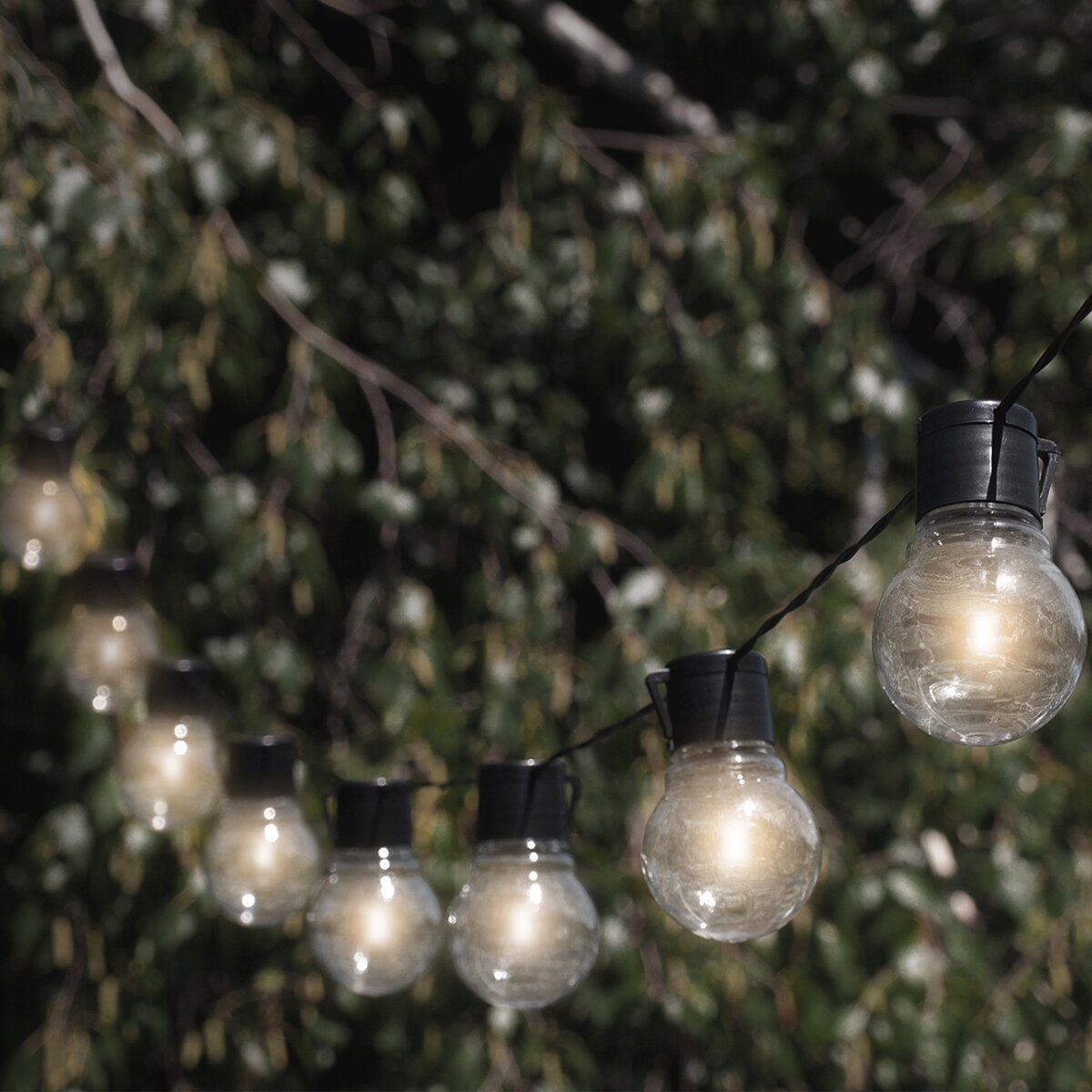 Outdoor Bistro Solar Powered Globe String Lights: Touch Of ECO Socialite 10-Light 20 Ft. Solar Globe String