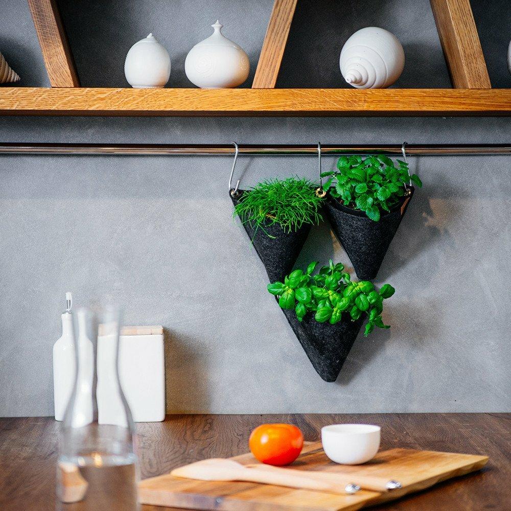 hokku designs tangram novelty wall mounted planter. Black Bedroom Furniture Sets. Home Design Ideas