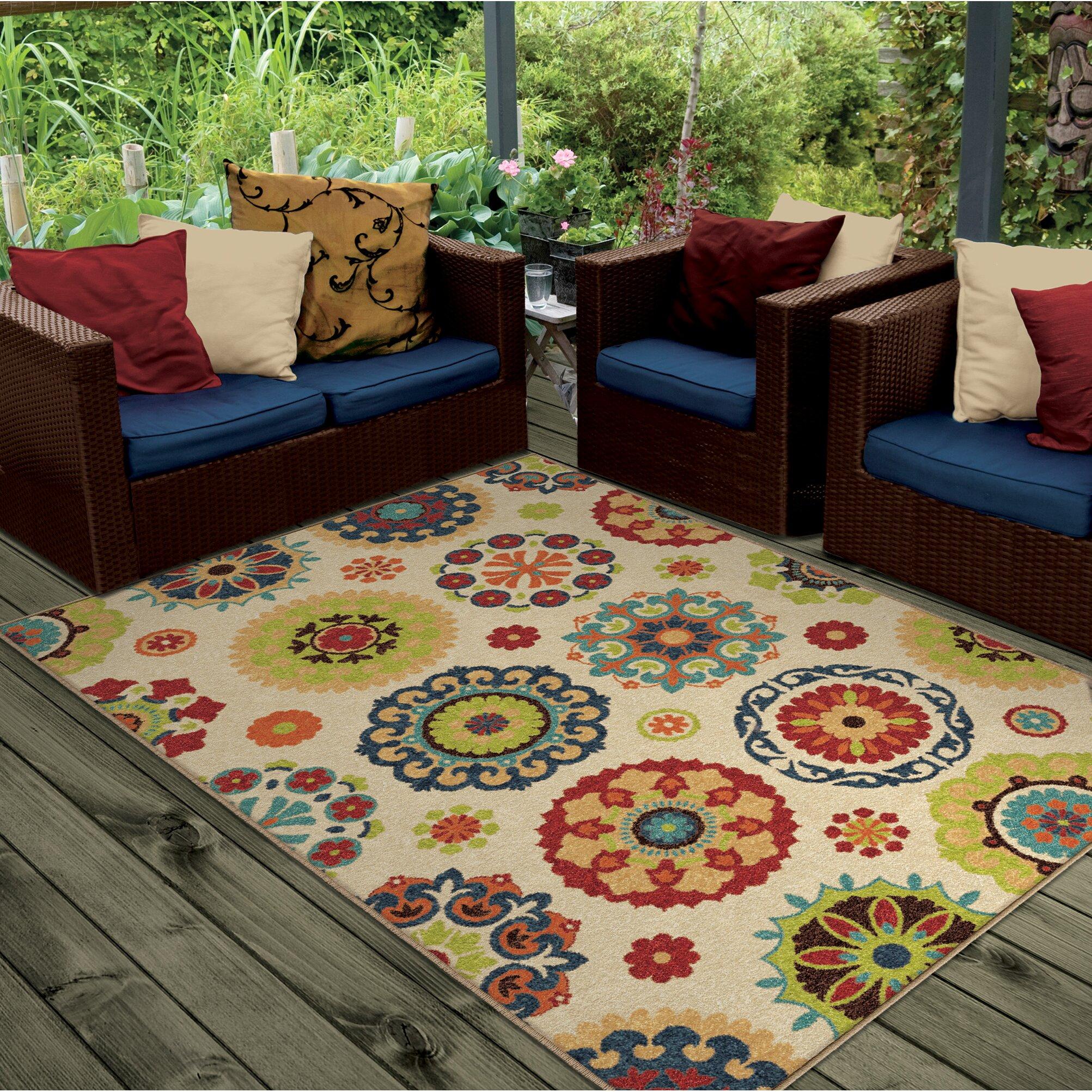 Threadbind dickinson hubbard cream indoor outdoor area rug for Landscape indoor area rug